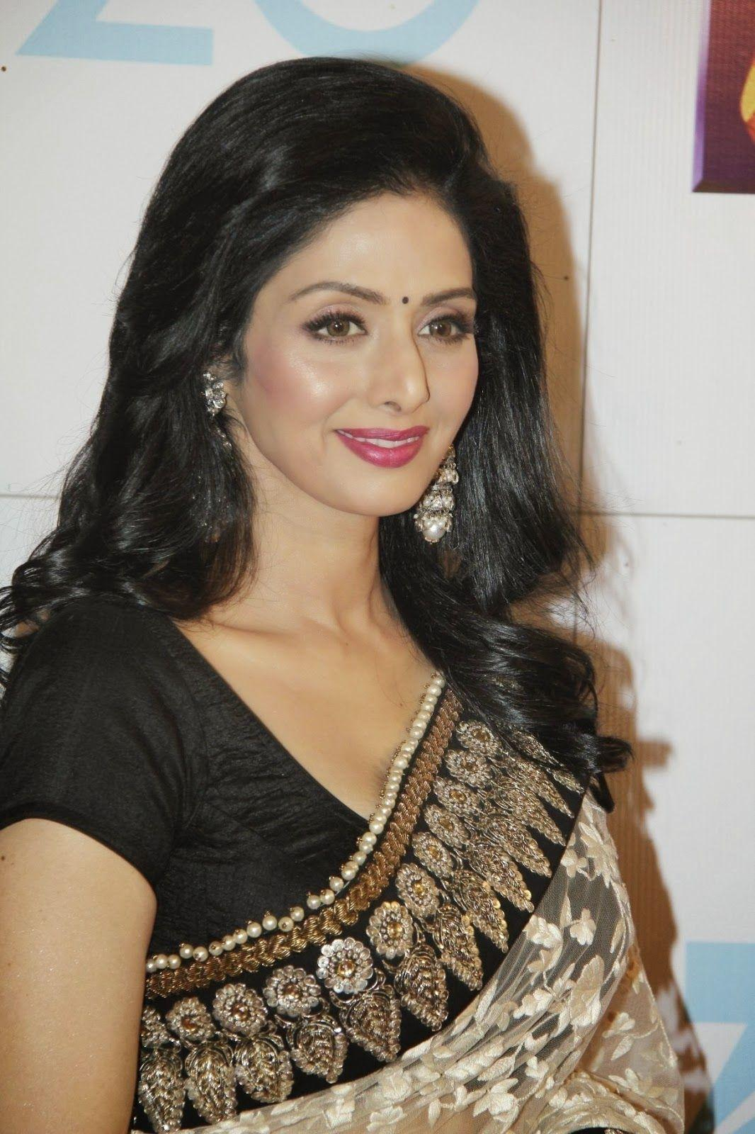 Hot Sridevi HD Wallpapers Image Pics And Photos Download