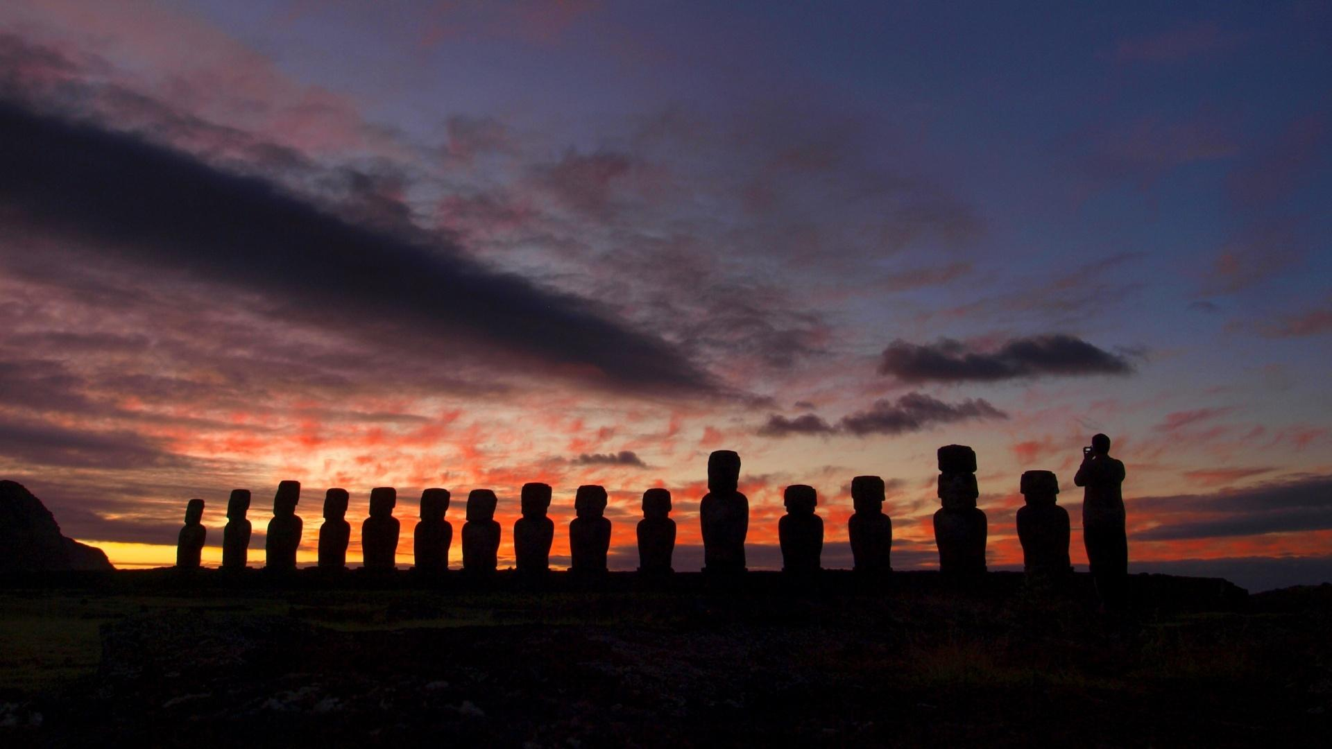 Moai At The Quarry Easter Island Chile Wallpapers