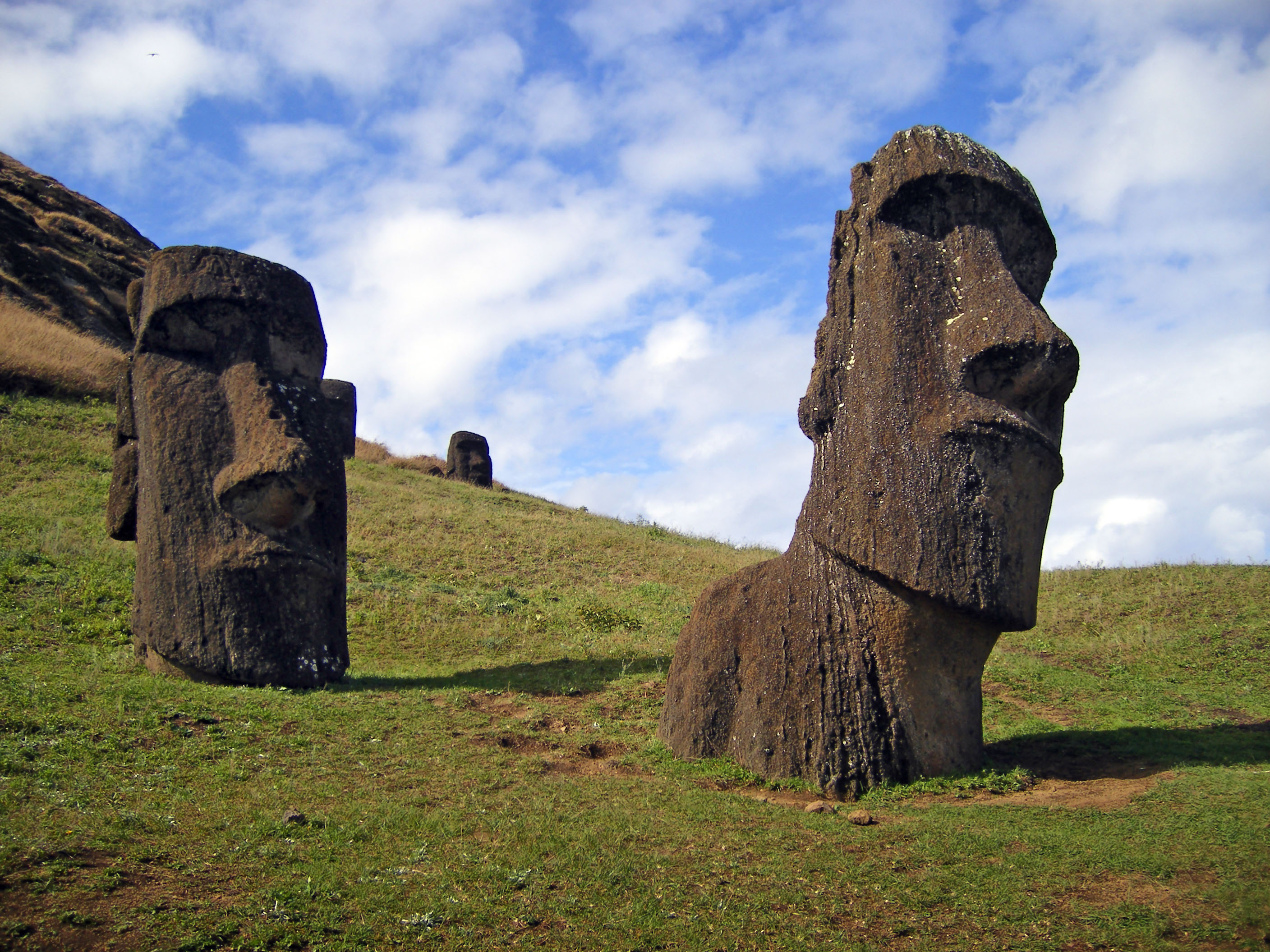 2816x2112px Easter Island Backgrounds by Dino Hristopoulos