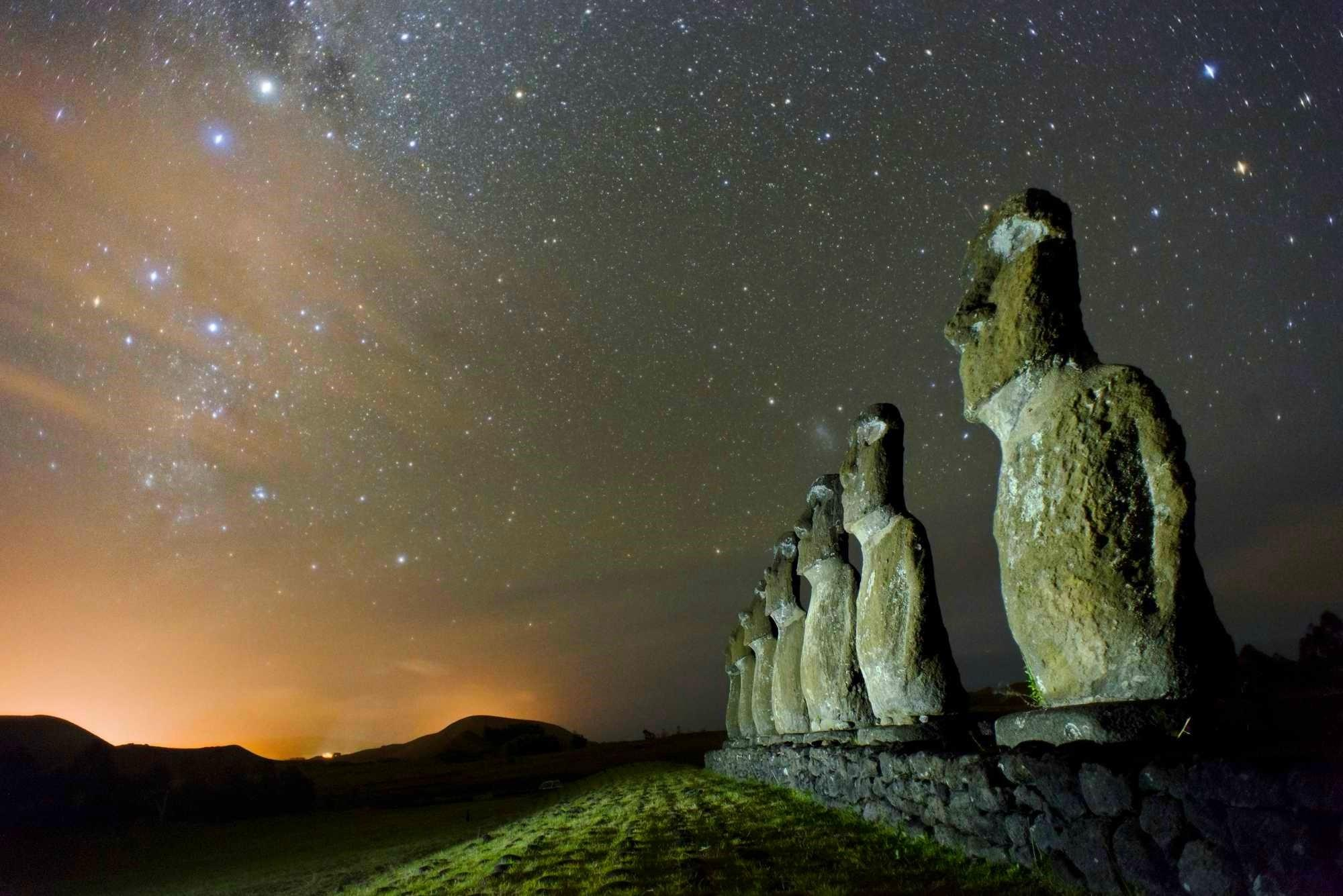 easter island chile starry night statue moai stone monuments nature
