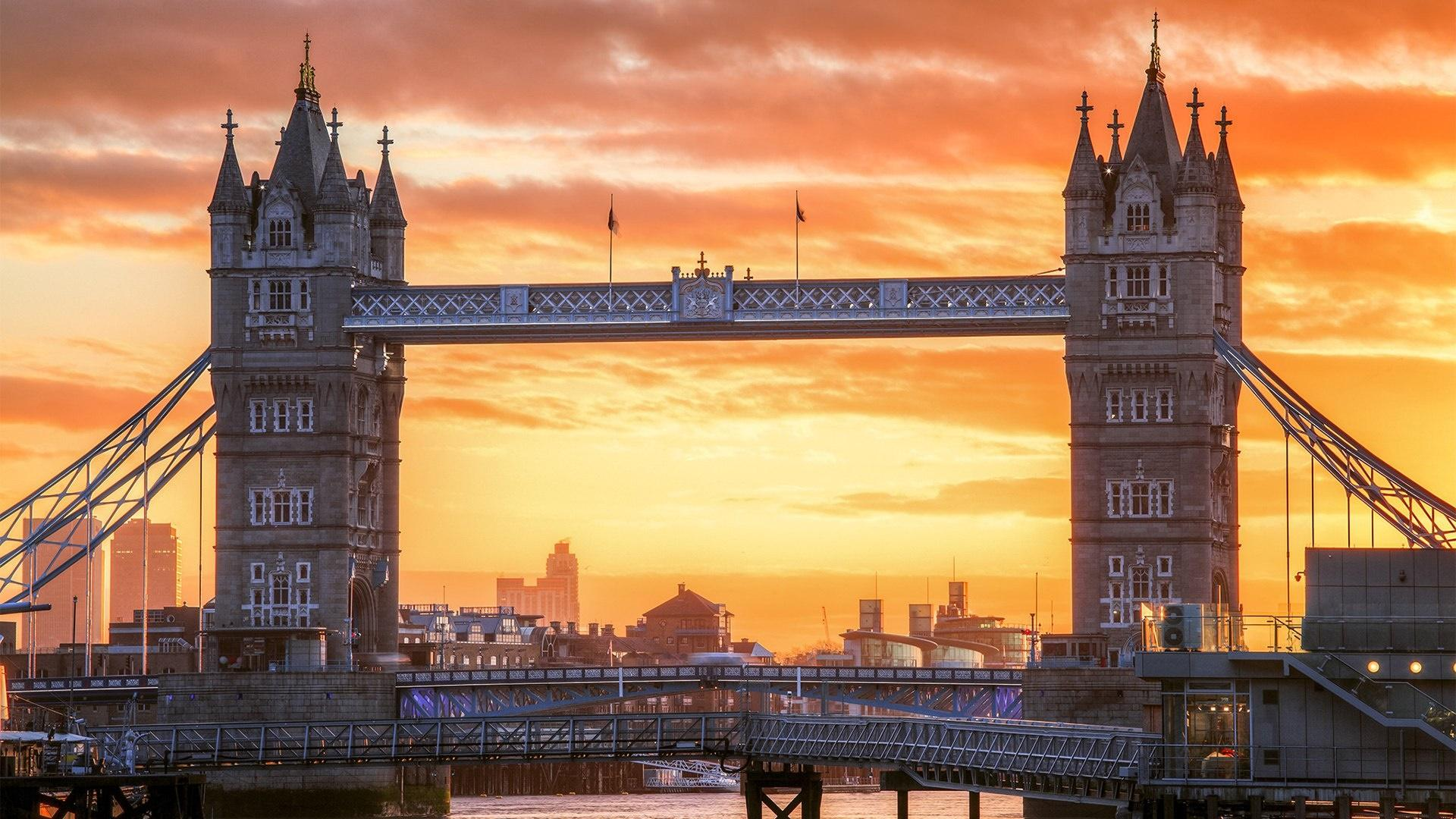 Tower Bridge At Dawn HD Wallpaper | Wallpaper Studio 10 | Tens of ...