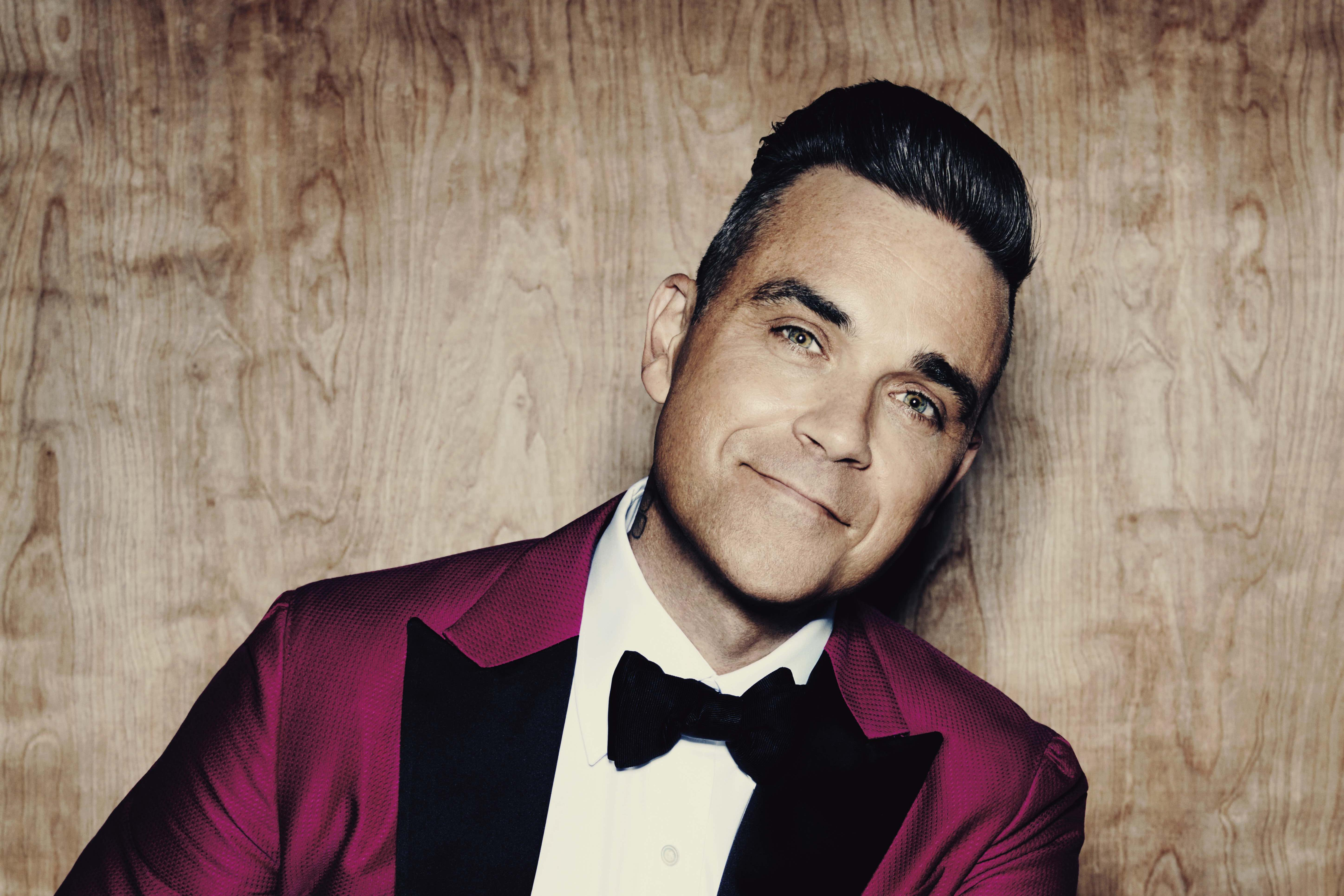 Robbie Williams Wallpapers Widescreen Images Photos Pictures