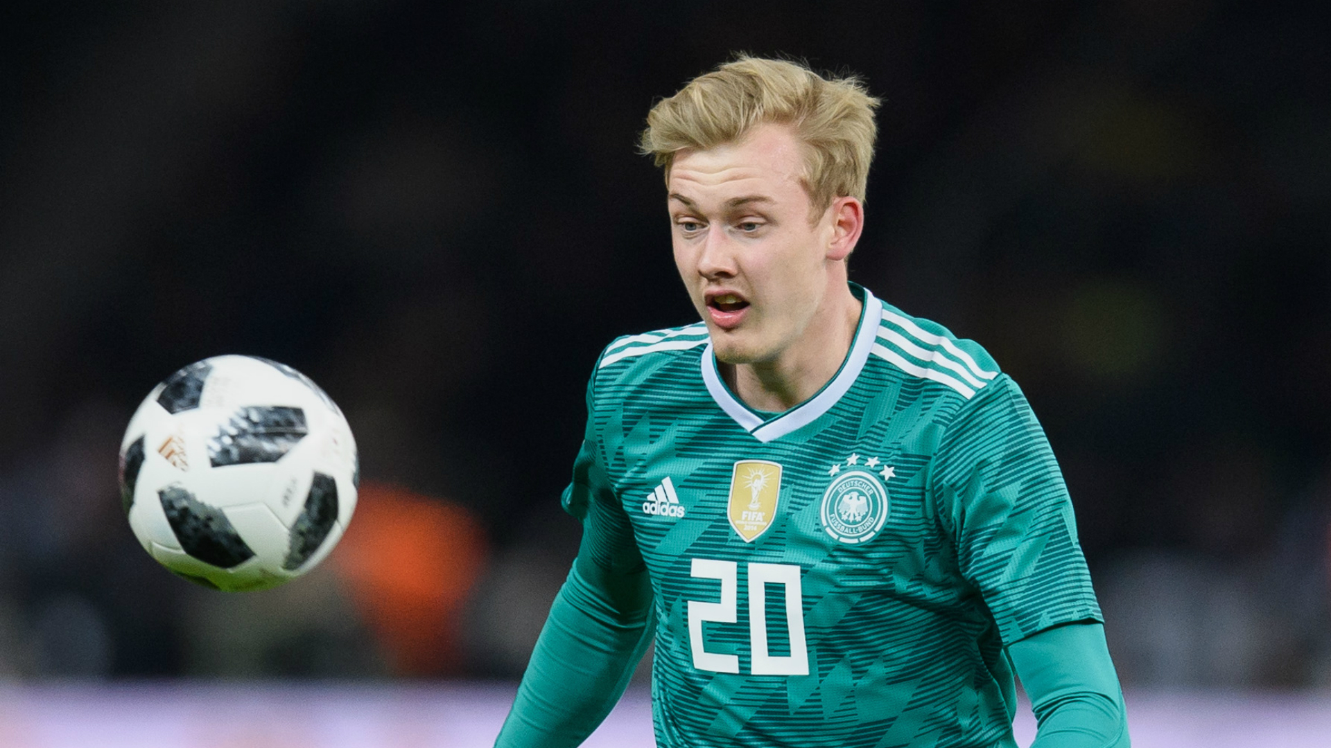 Brandt commits to Leverkusen with contract extension | BUNDESLIGA ...