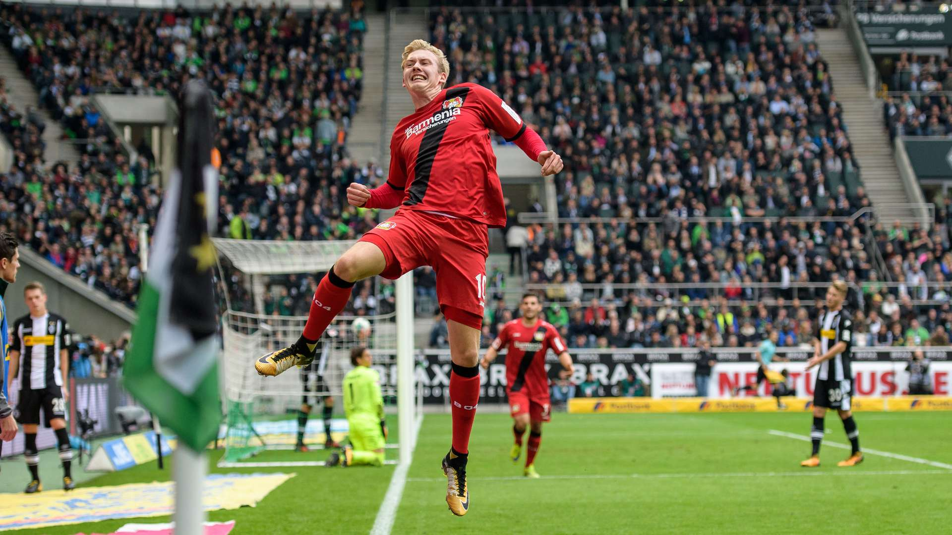 Vote now: Julian Brandt nominated for the 'Felix' award | Bayer04.de