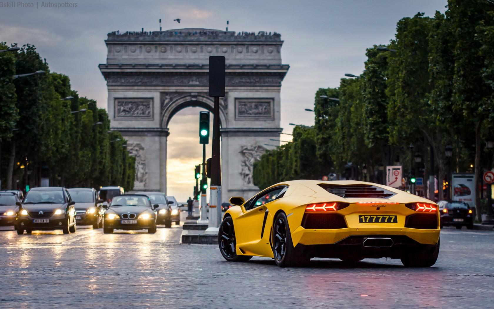 Arc De Triomphe Lamborghini Car Wallpapers