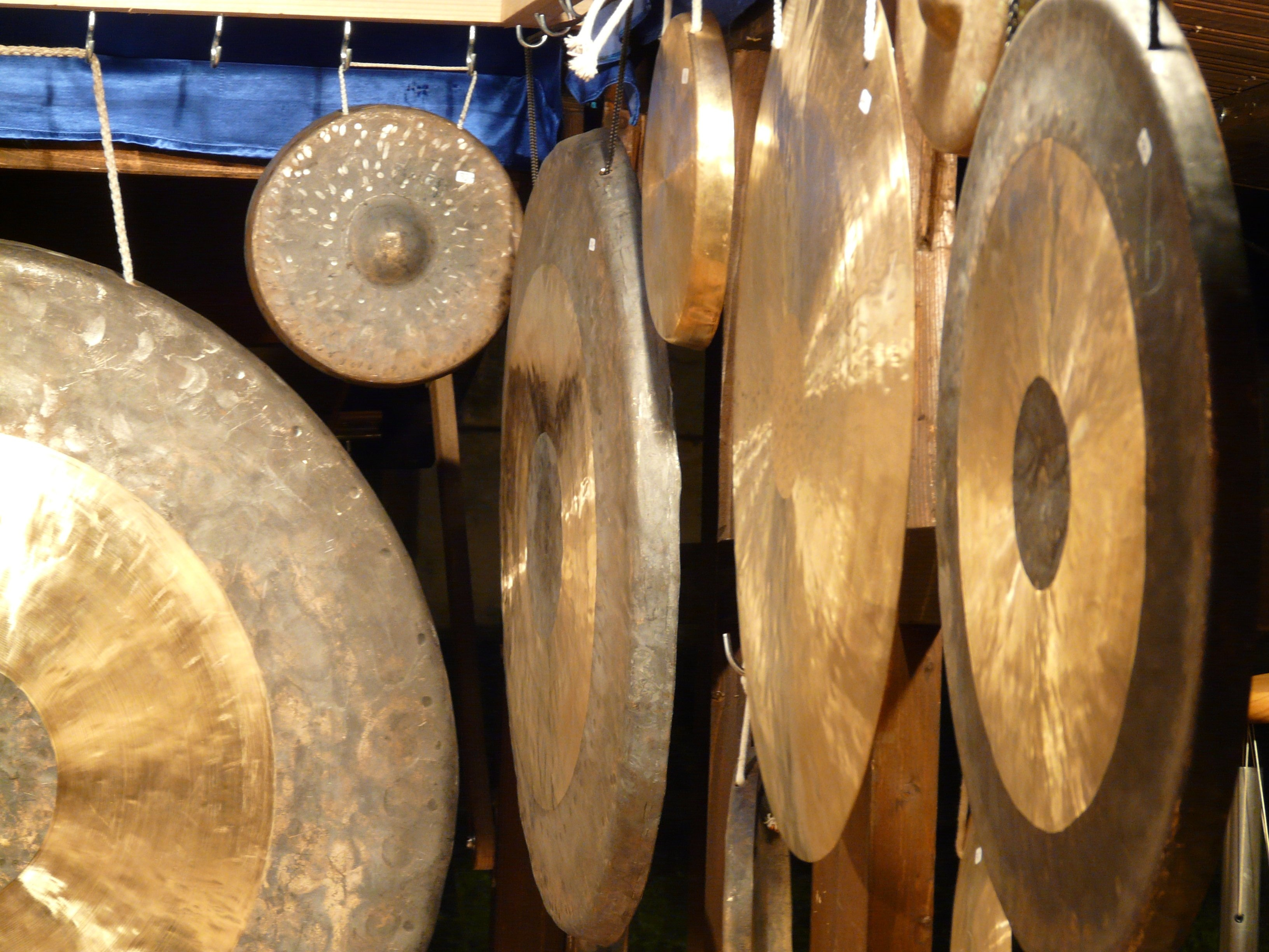 brass gong lot free image