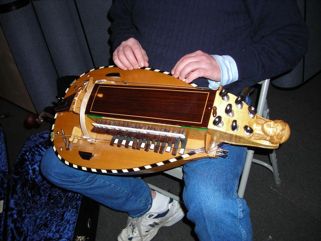 Laurie Anderson's Hurdy