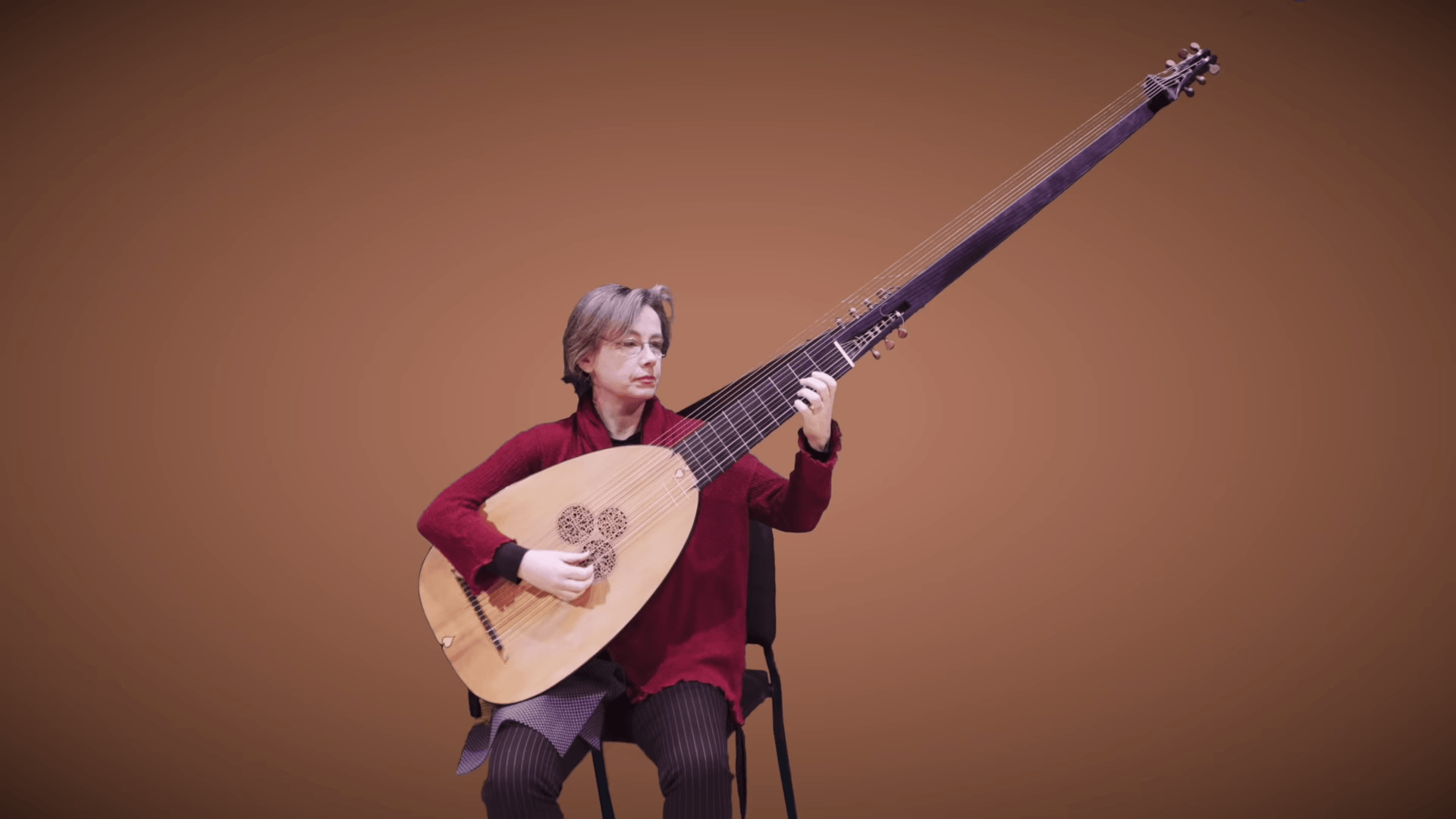 A Short History of the Long Necked Theorbo Lute