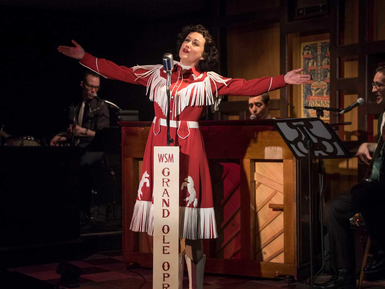 Planet Kelsey: The Milwaukee Rep presents Always... Patsy Cline