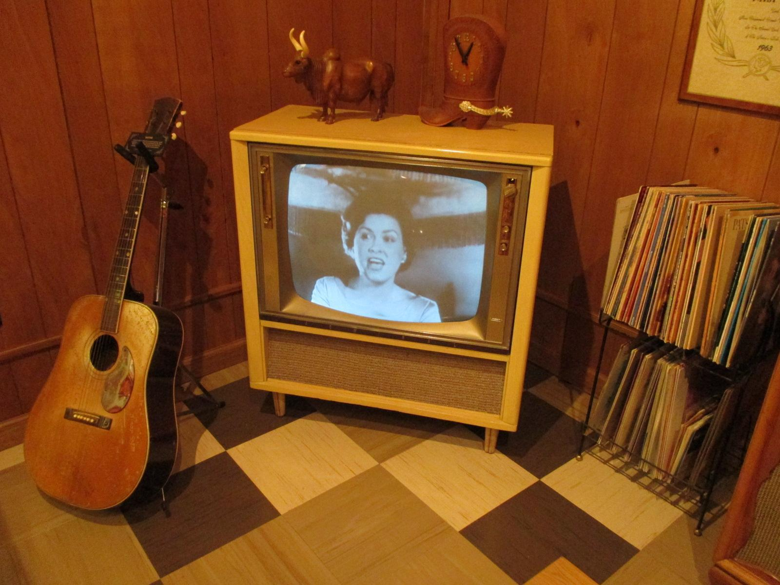 Patsy Cline Museum and the wonderful women of Music City give you