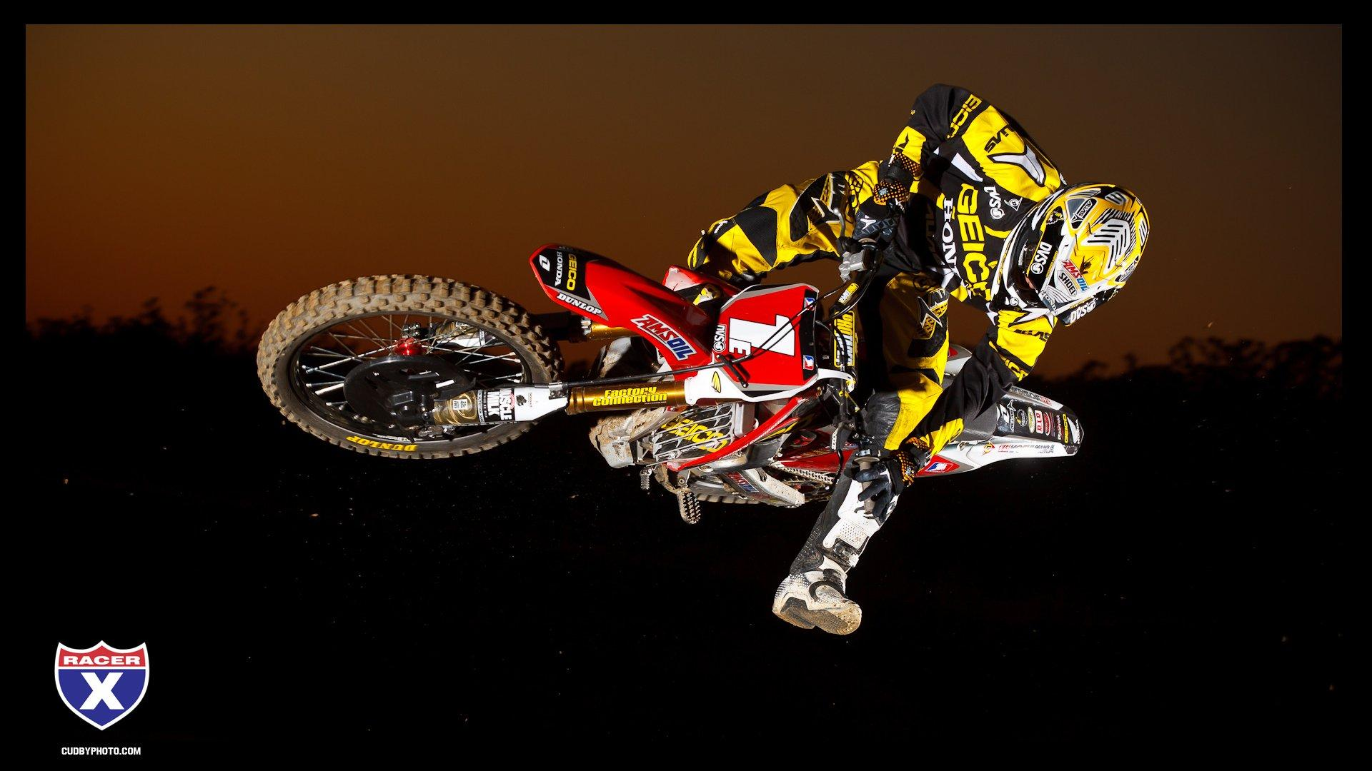 GEICO 2012 Wallpapers - Racer X Online