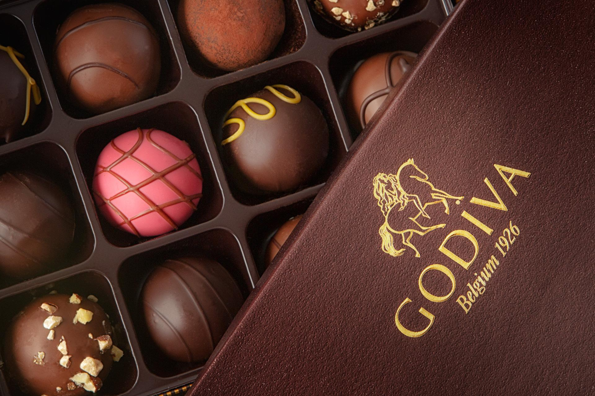 Godiva box with chocolates – Joshua Reis