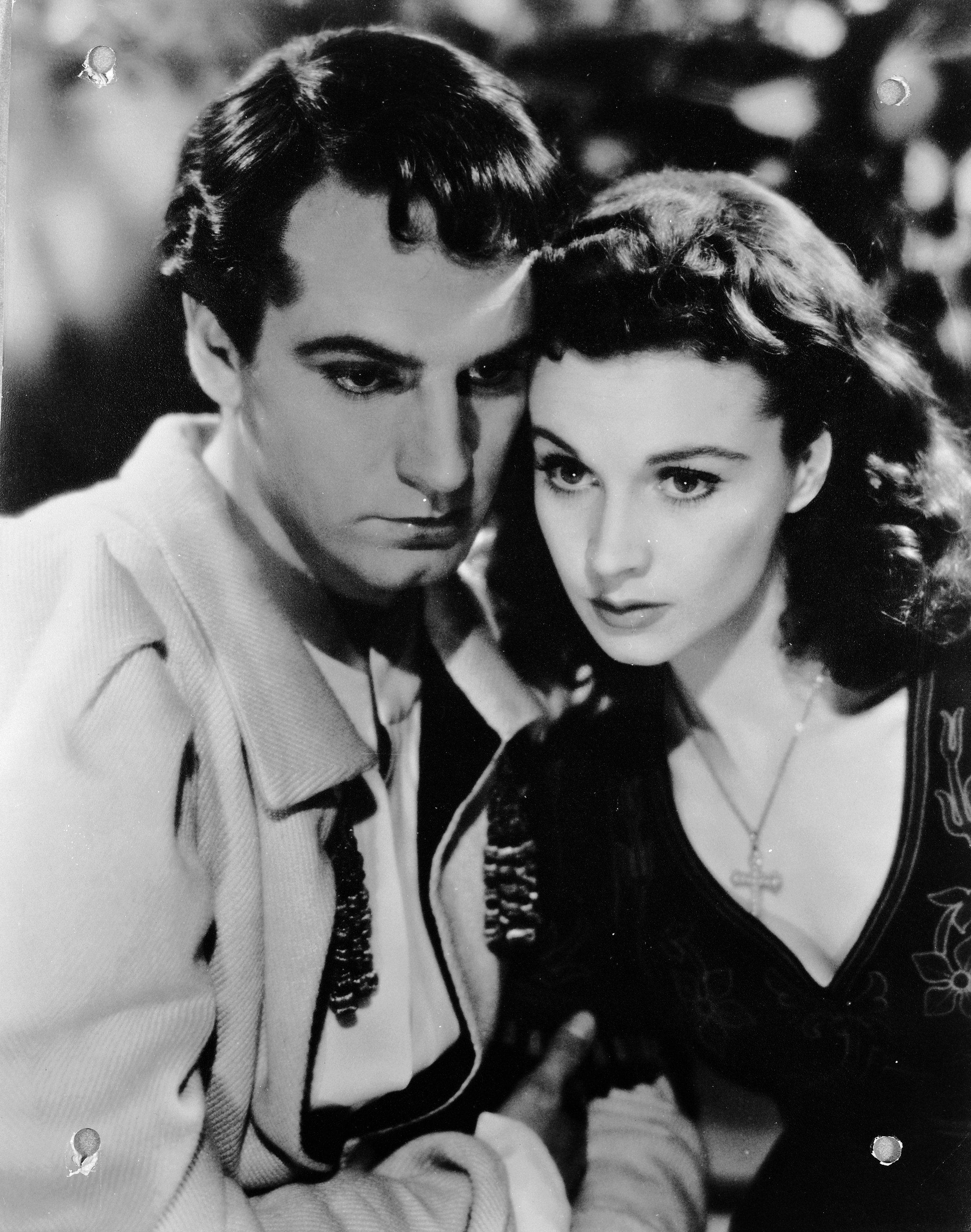 A Timeline of Vivien Leigh and Laurence Olivier's Tragic Love Story ...