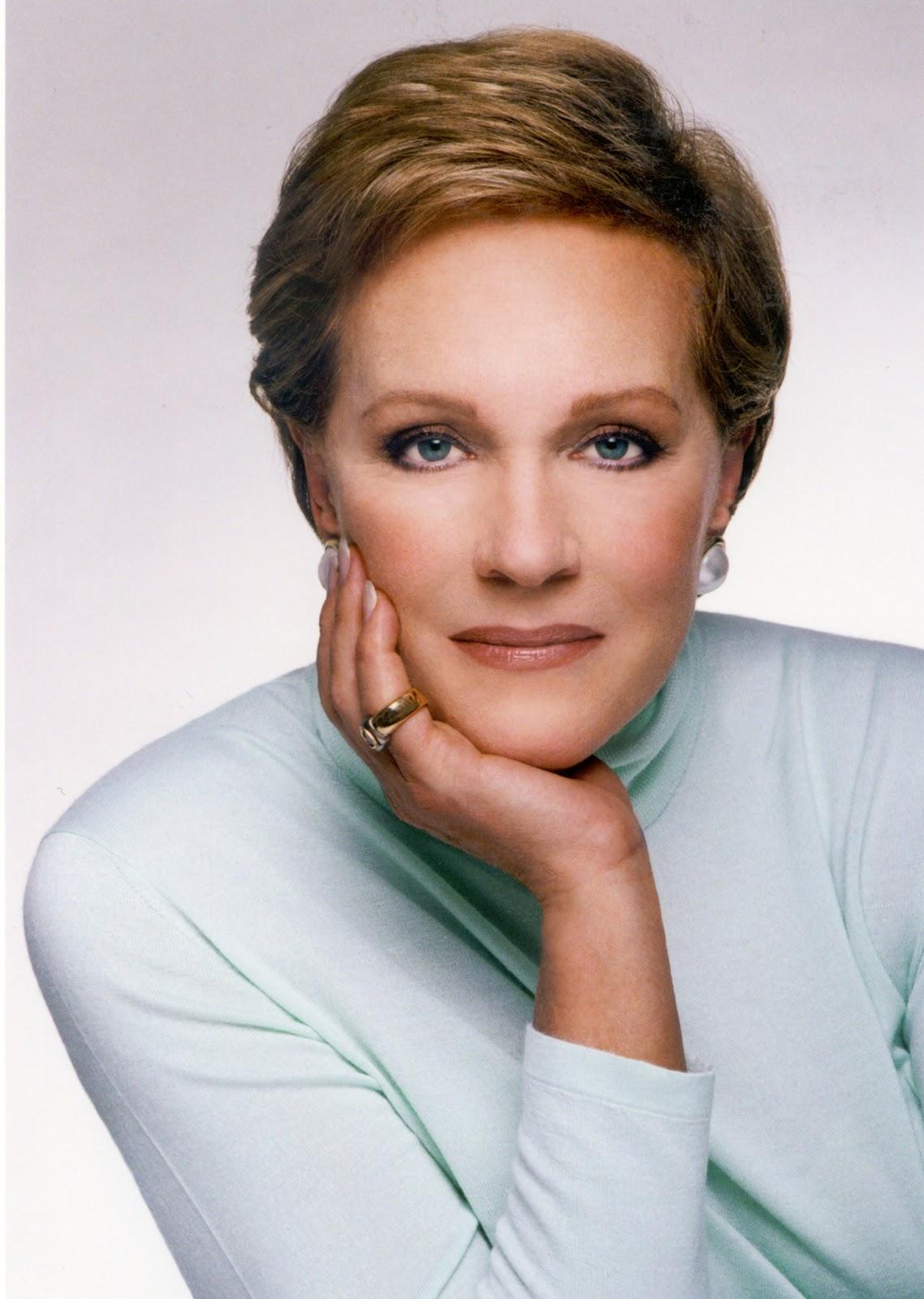 Julie Andrews wallpapers ~ Hollywood