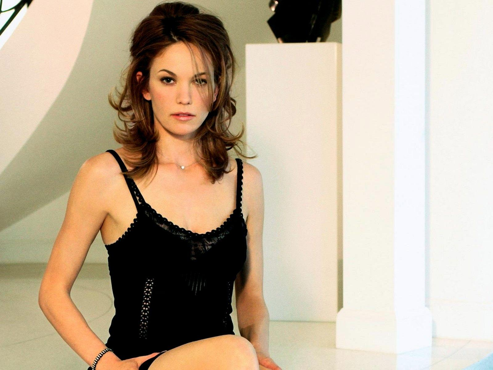 Diane Lane Wallpapers