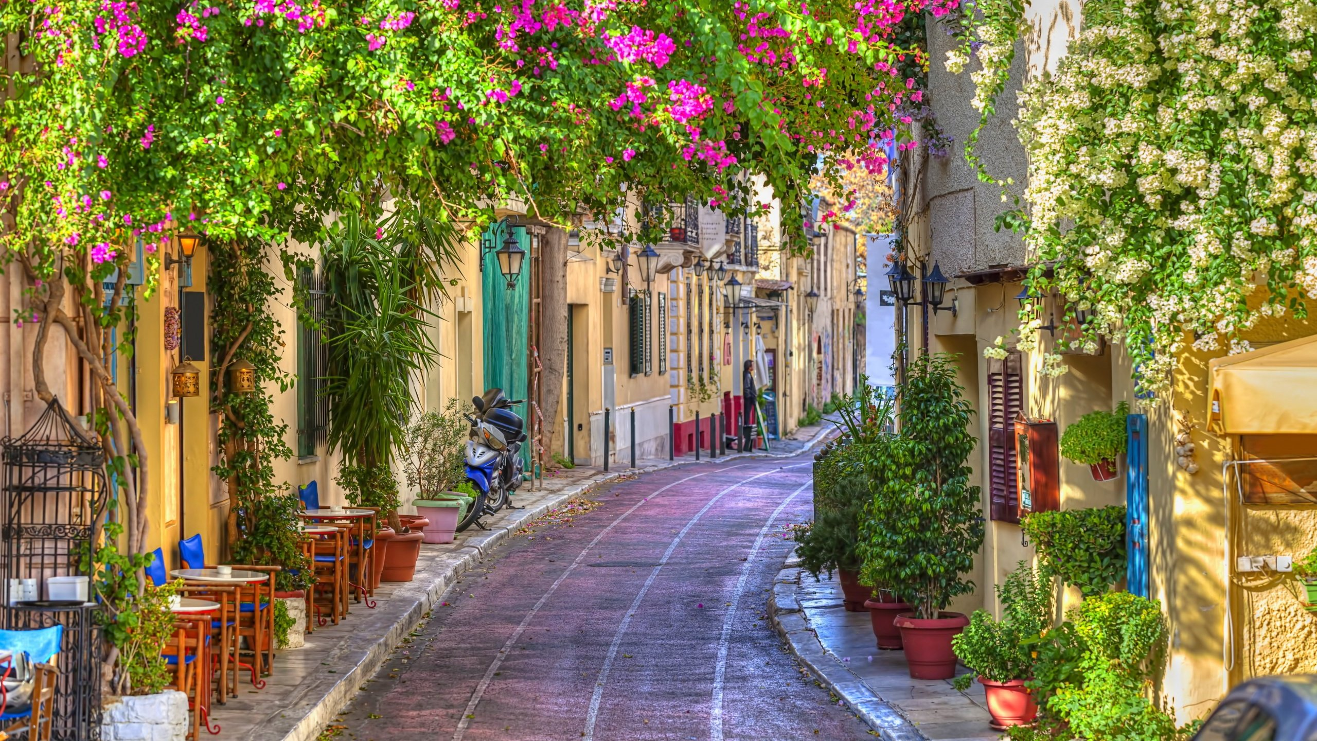 Side Street in Athens, Greece HD Wallpaper | Background Image ...