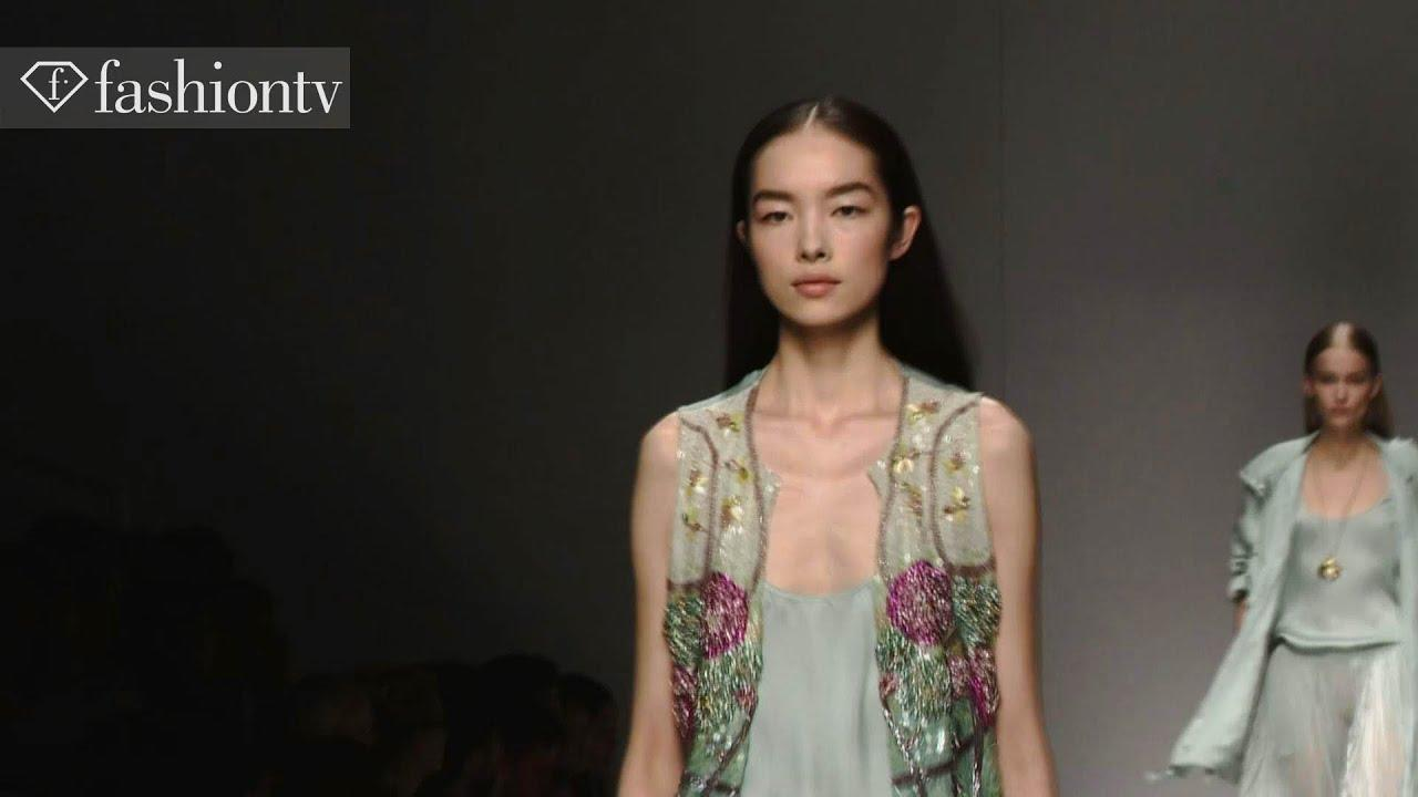 Fei Fei Sun: Top Fashion Week Model on FashionTV