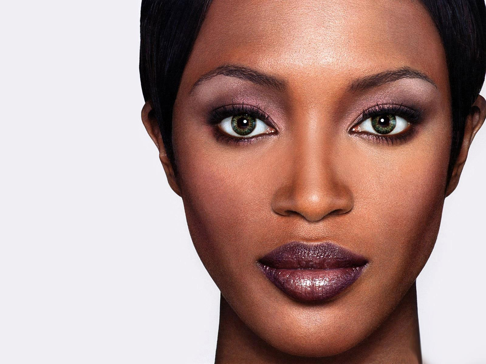 Naomi Campbell Wallpapers High Quality | Download Free