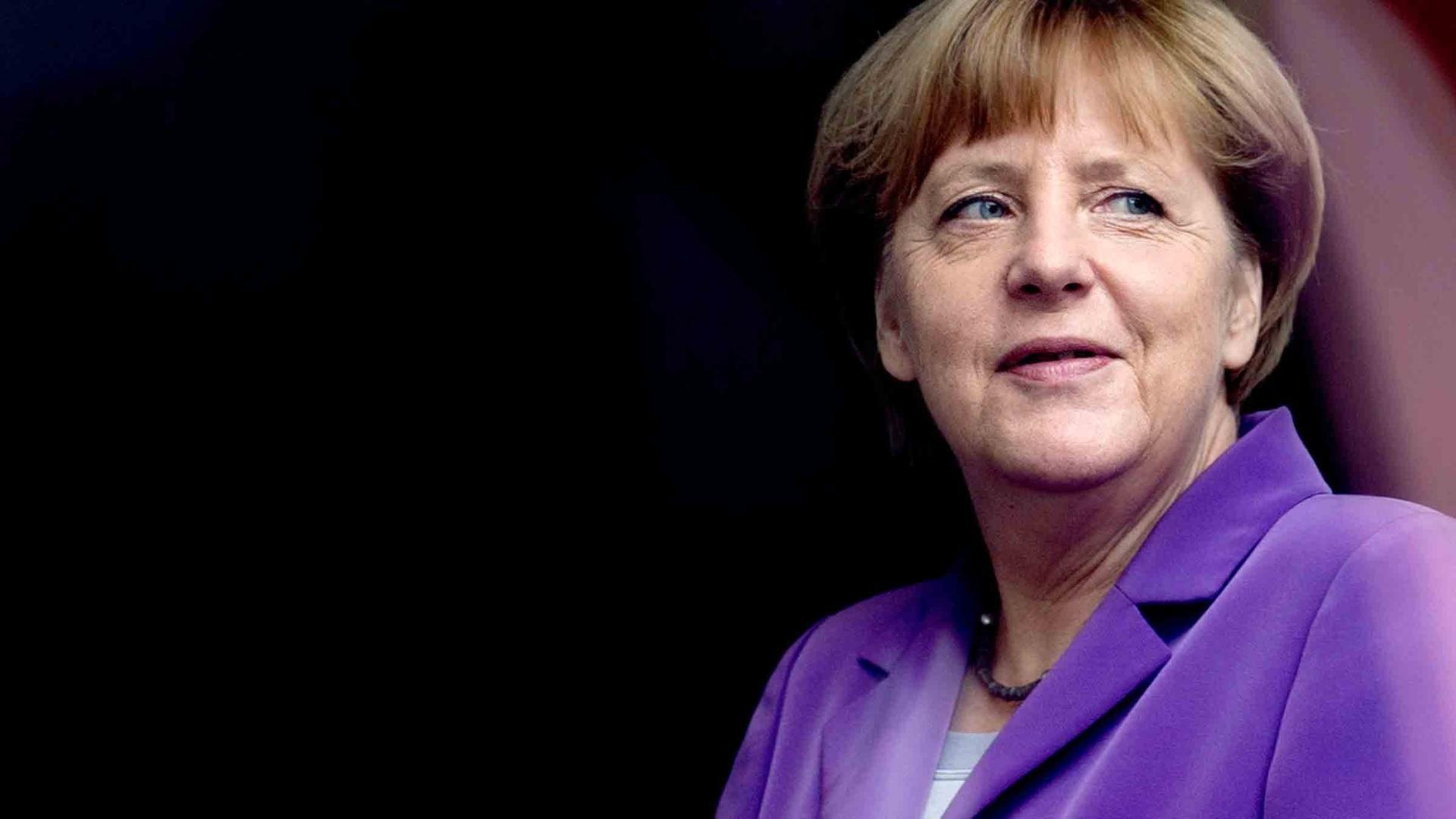 Angela Merkel Eidbrecherin