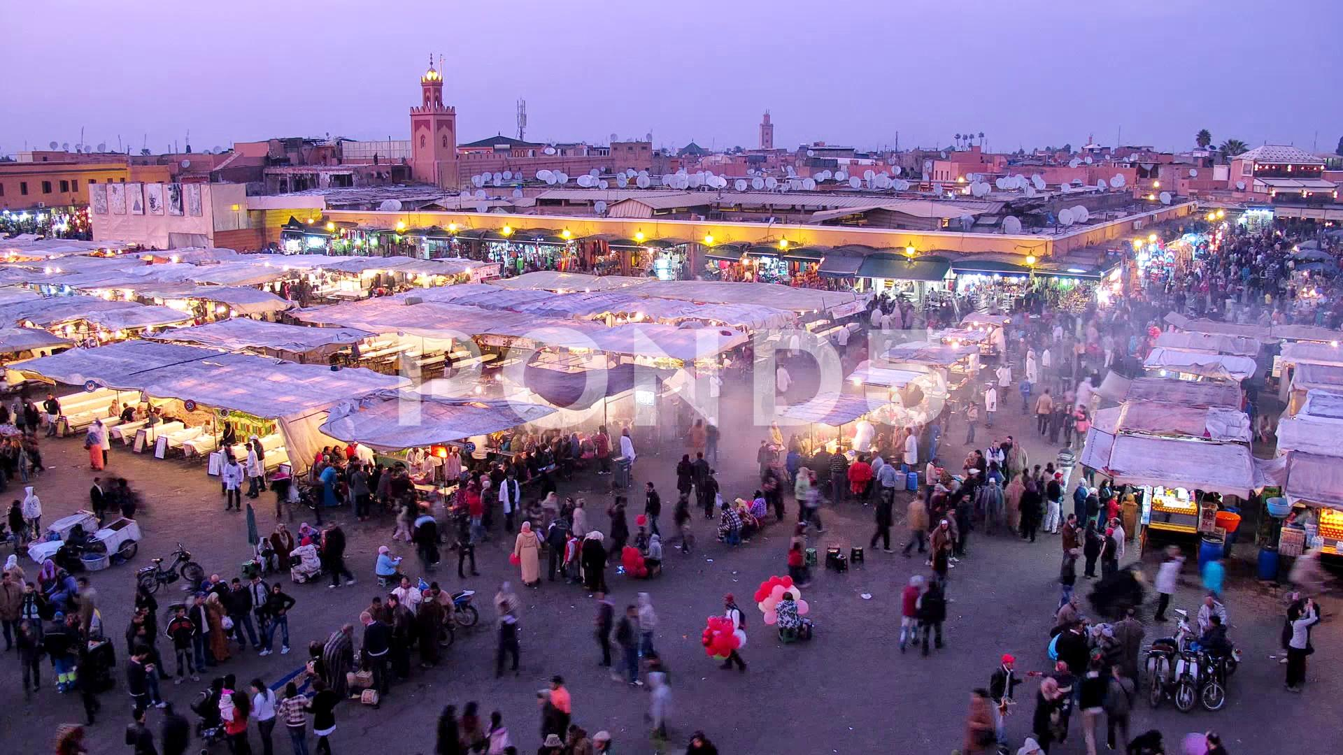 Timelapse on Jemaa el-Fnaa square in Marrakesh during the sunset ...
