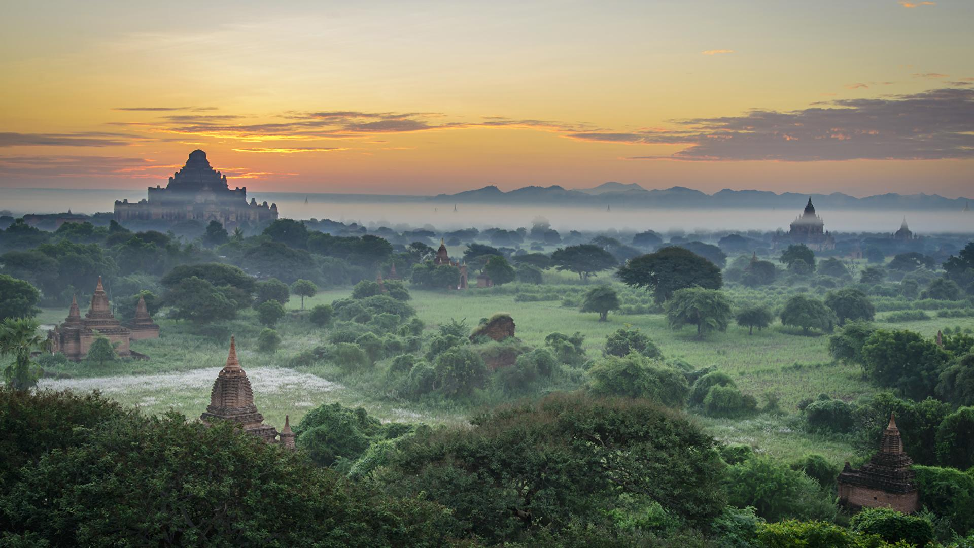 Photo Bagan Myanmar Fog Landscape photography Evening 1920x1080