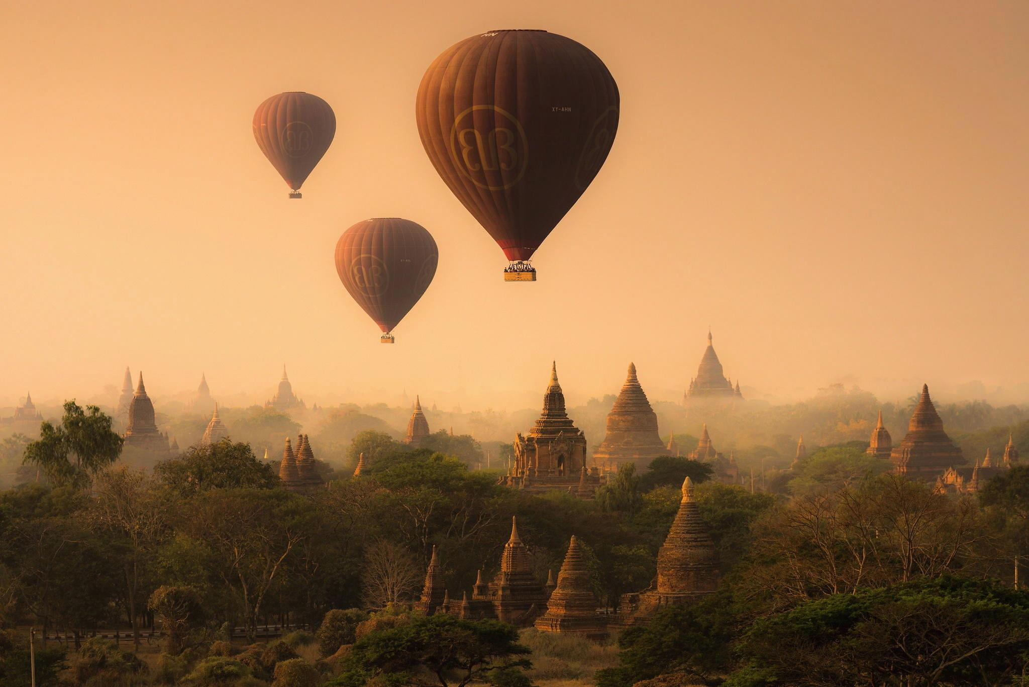 Wallpapers Myanmar, Bagan, pagoda, temple, hot air balloon, balloon