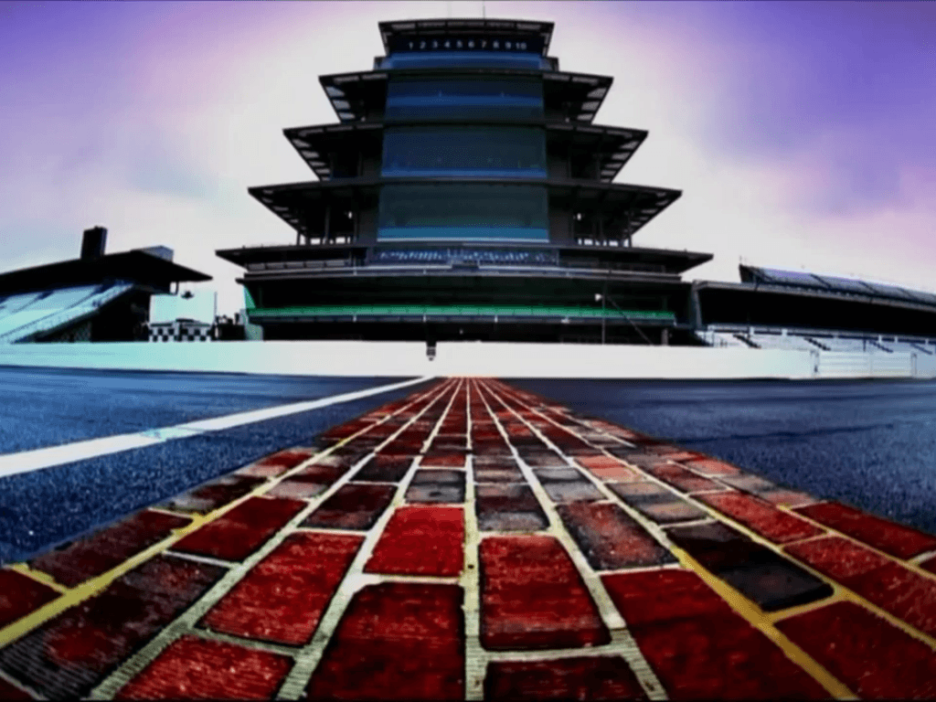 Beautiful IMS yard-of-bricks photo!