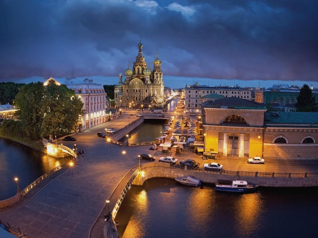 Saint-Petersburg Wallpaper HD Download