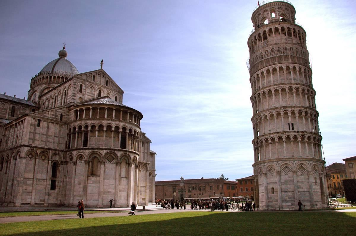 Leaning Tower Of Pisa Wallpapers and Backgrounds Image
