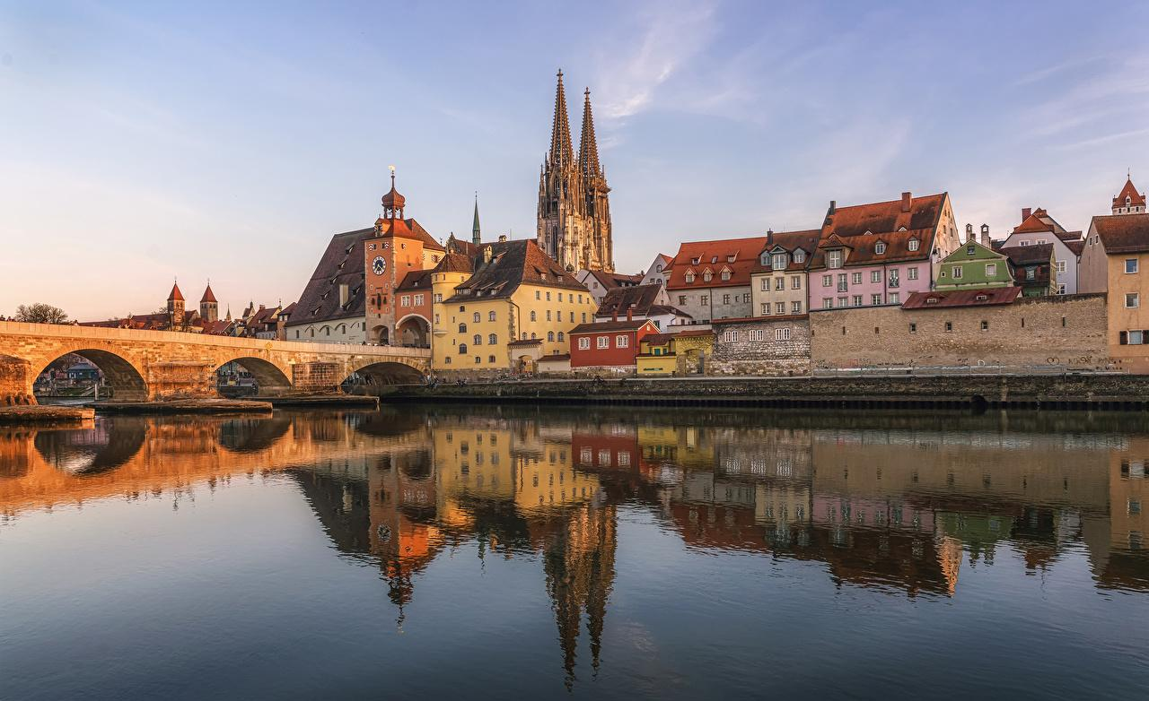 Wallpapers Germany Regensburg Bridges Reflection Rivers Cities