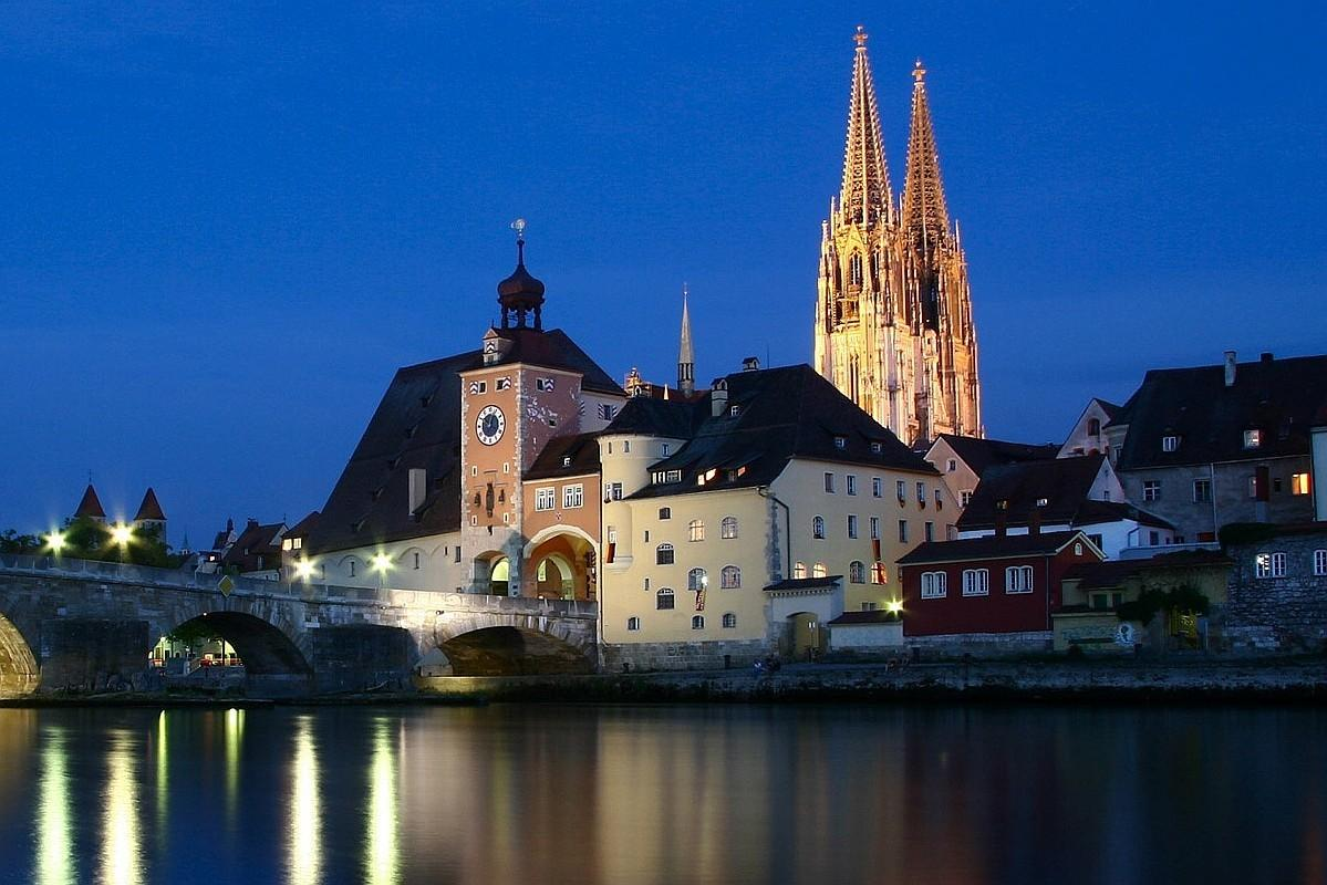 Regensburg Tag wallpapers: Regensburg Illumination PM Unesco World ...