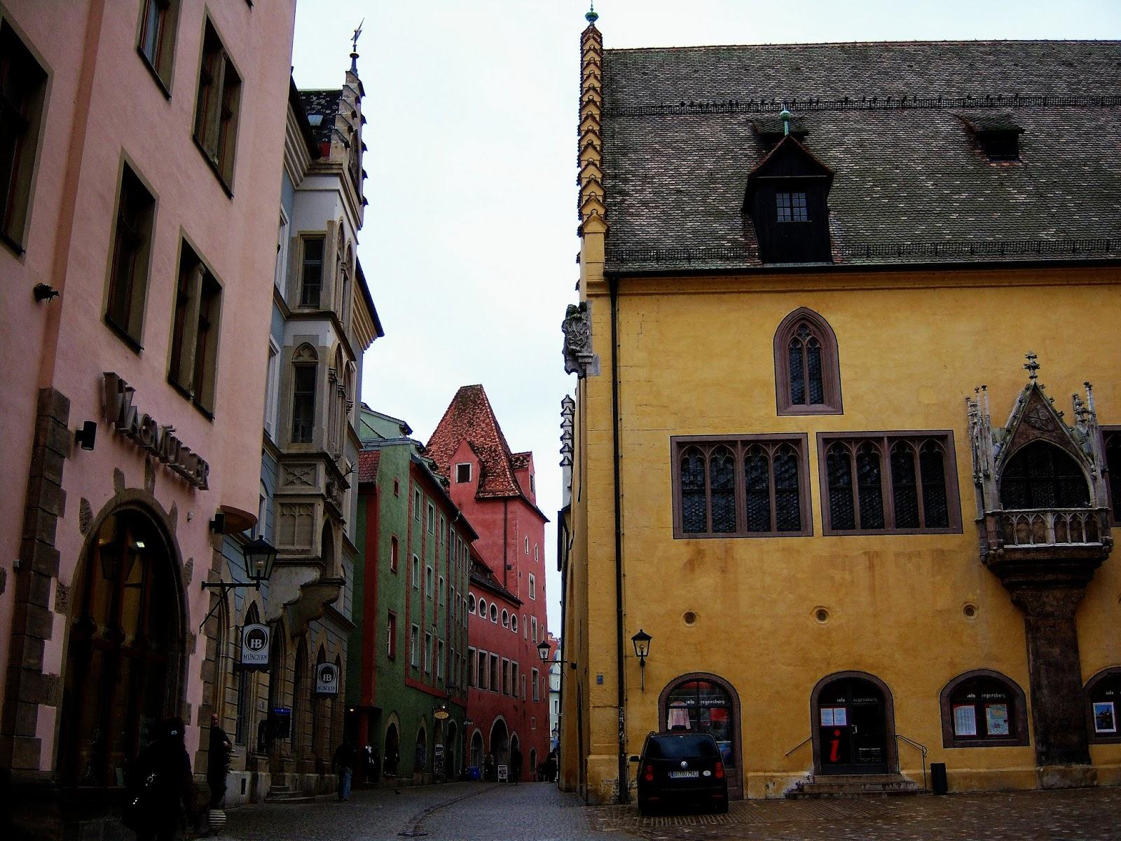 5-five-5: Old town of Regensburg with Stadtamhof (Germany)