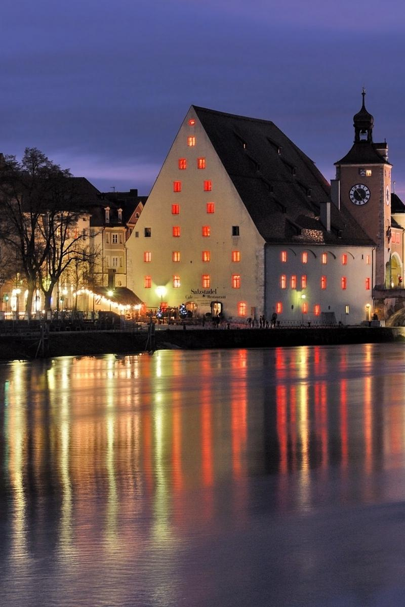 Download wallpaper 800x1200 universitat regensburg, germany, evening ...