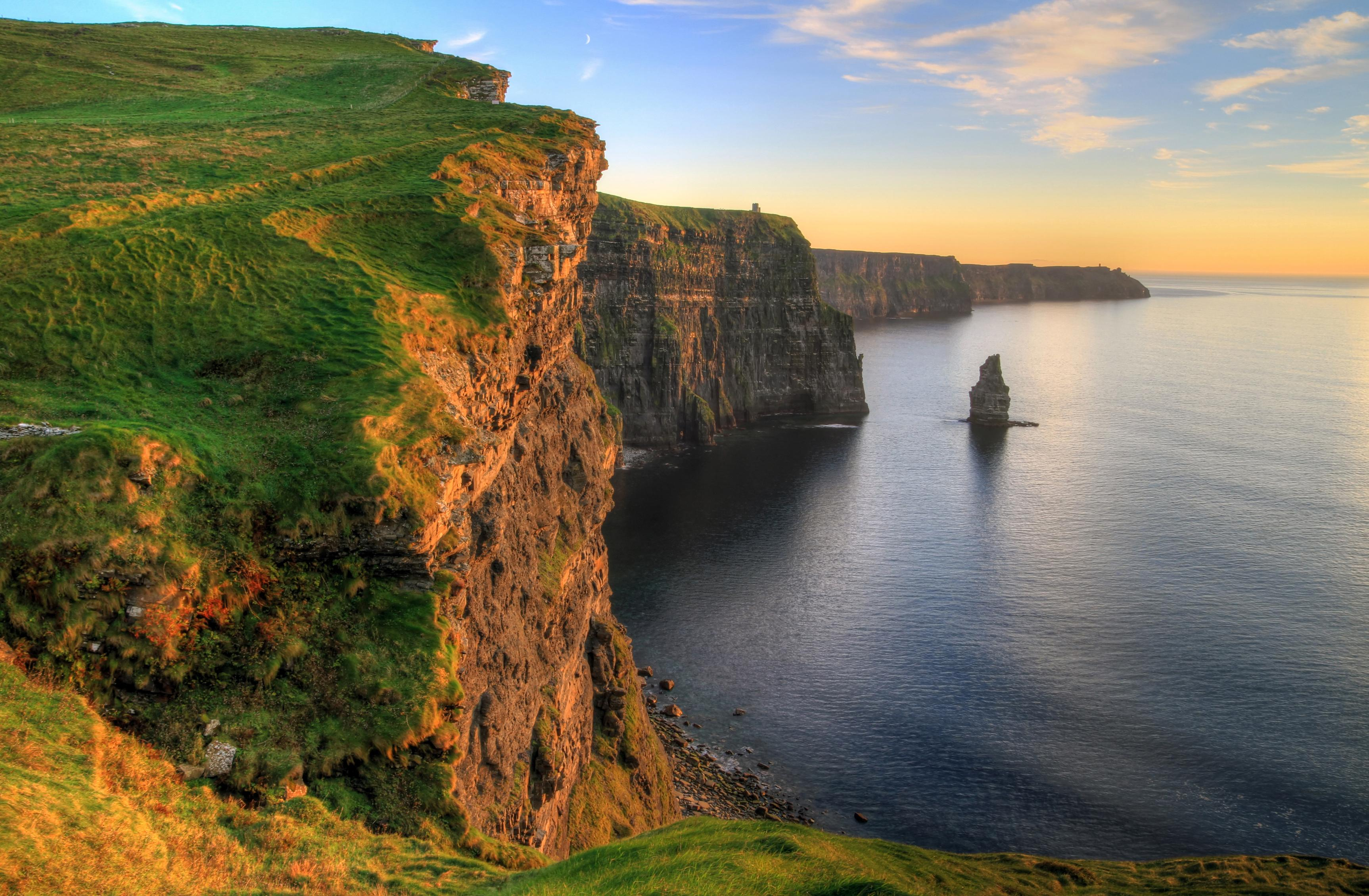 650040 Cliffs Of Moher Wallpapers