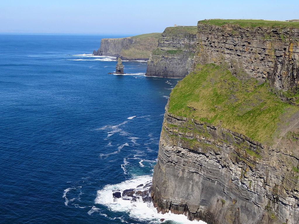 A Local's Guide to The Cliffs of Moher, Ireland: Things to know