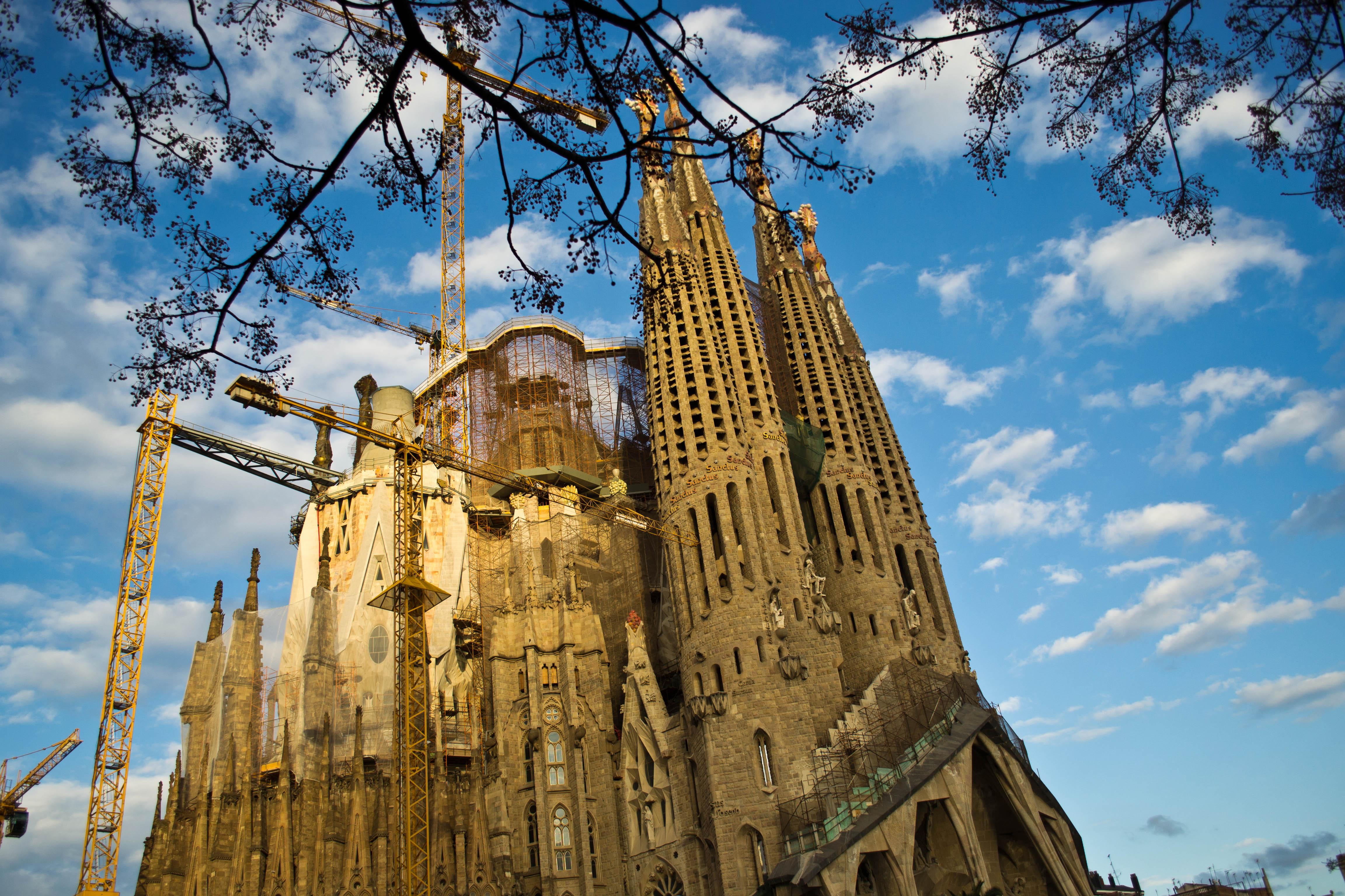 La Sagrada Familia Wallpapers Wallpaper Cave