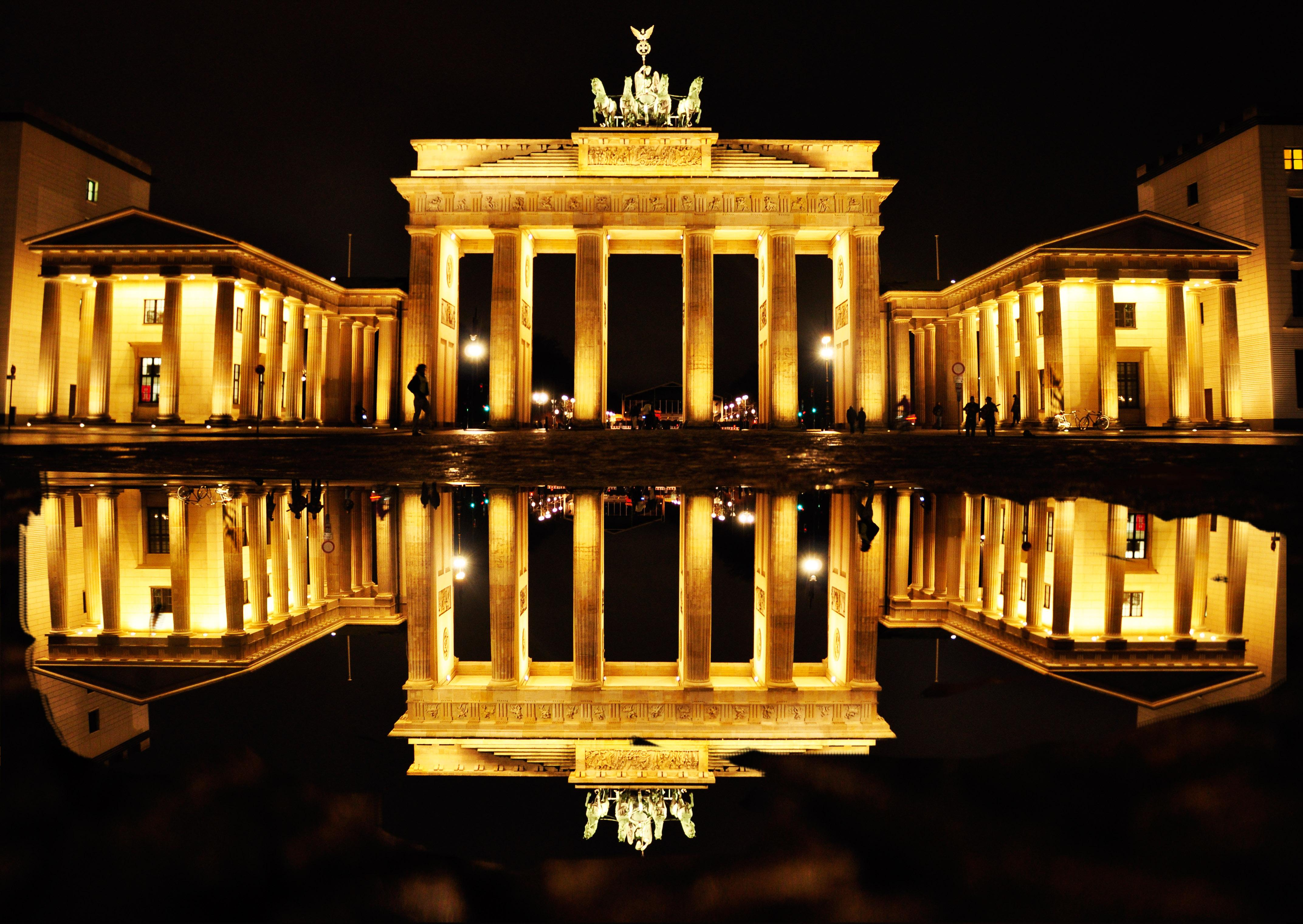 15 Brandenburg Gate HD Wallpapers