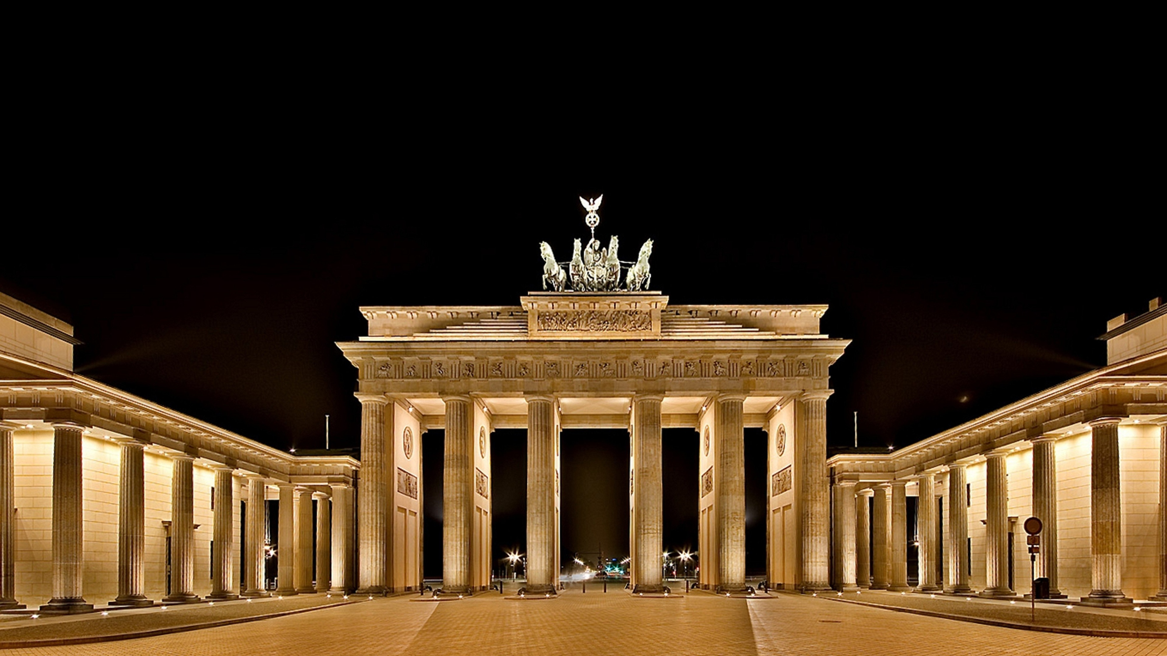 Brandenburg Gate 4K Ultra HD wallpapers
