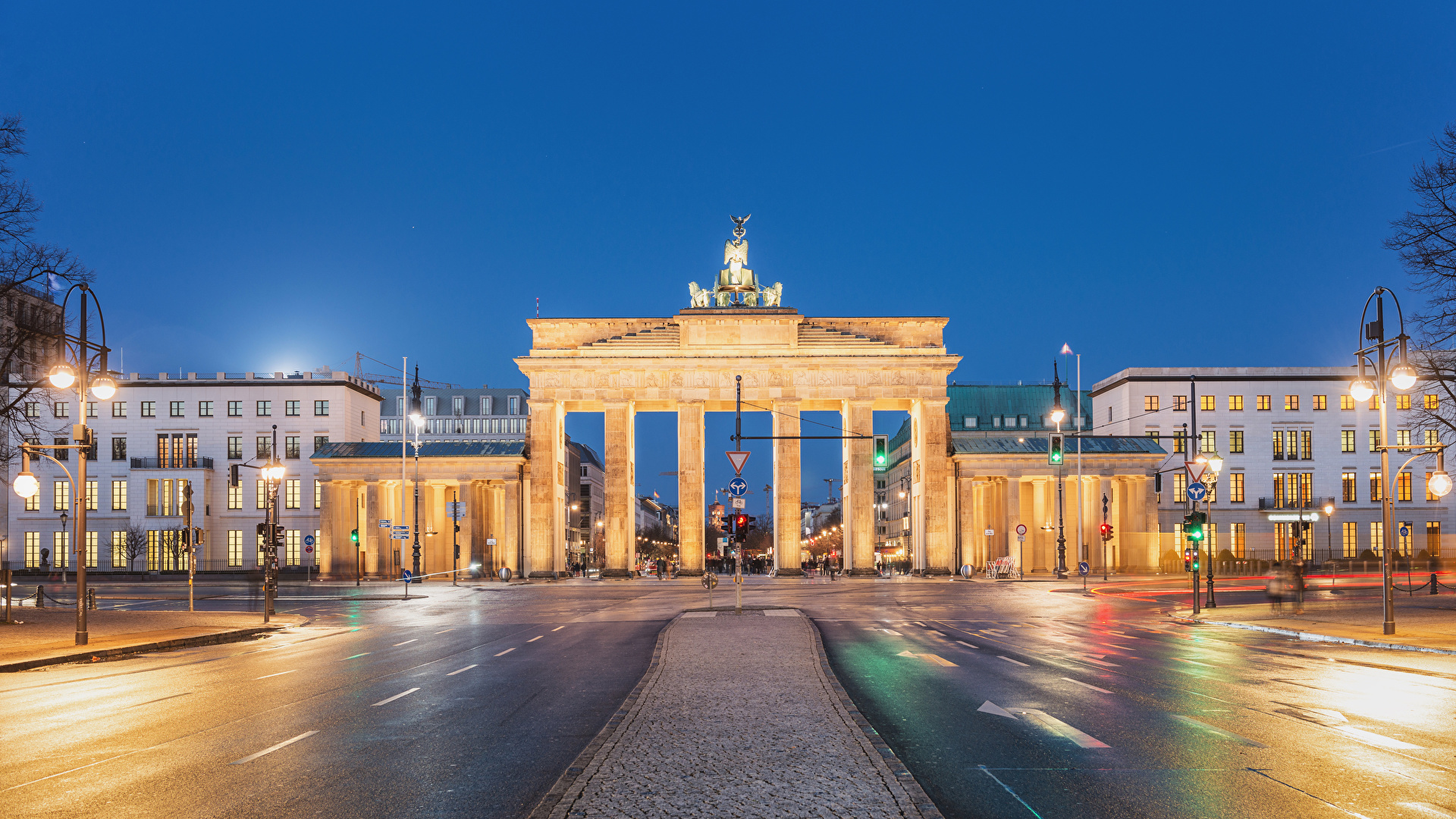 Brandenburg Gate Wallpapers 4