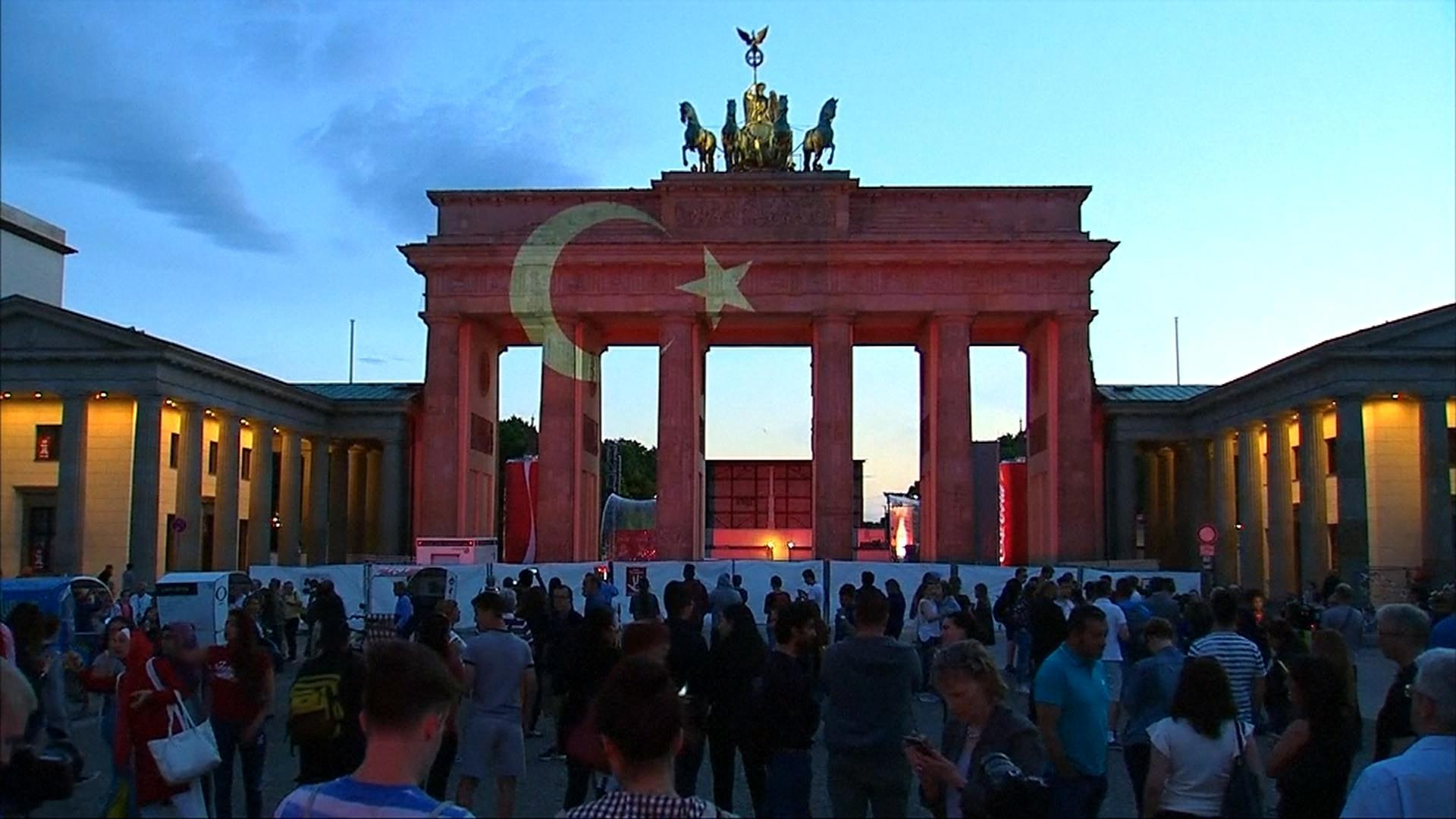Brandenburg Gate Wallpapers 16