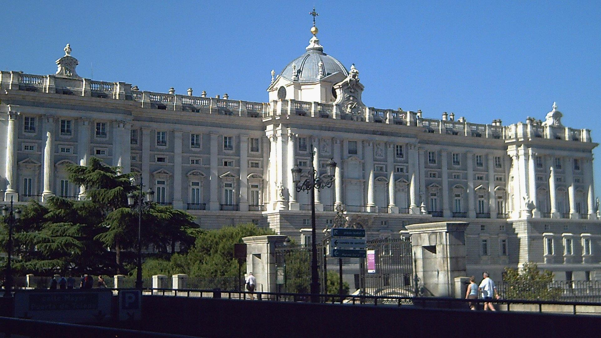 Royal Palace of Madrid wallpapers and image