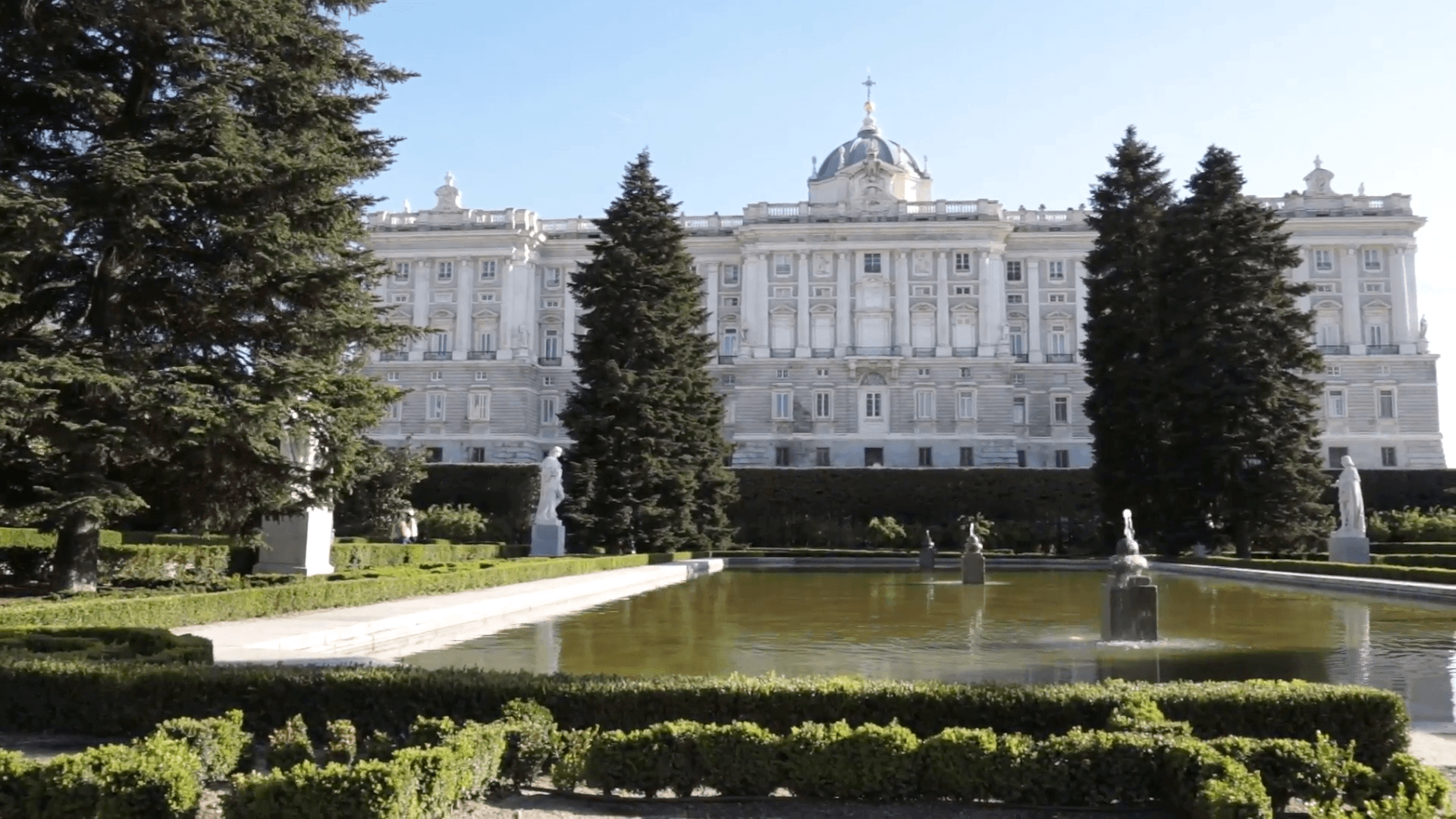 Royal Palace of Madrid garden and pond Stock Video Footage