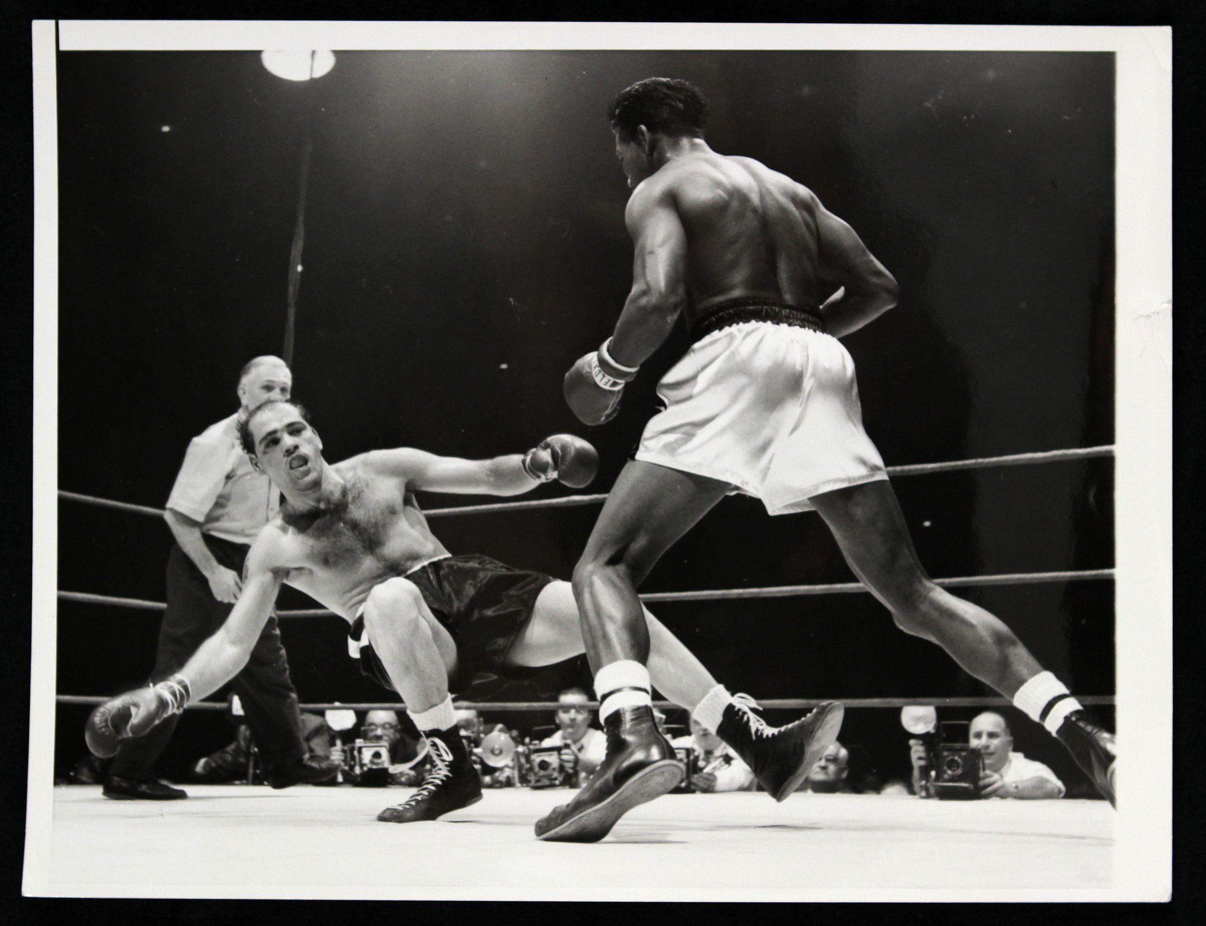 Sugar Ray Robinson – A Stamp A Day