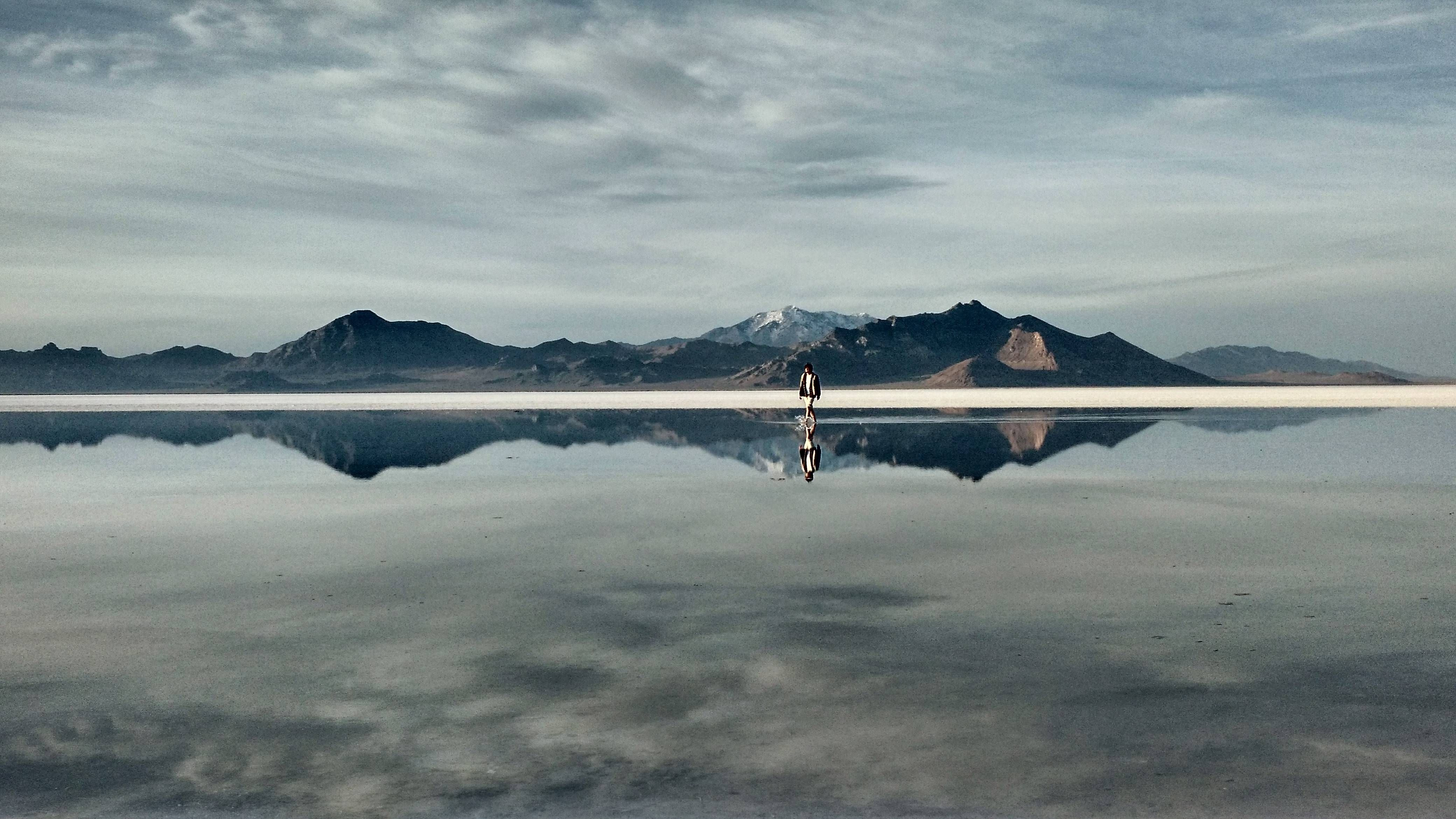 Reflections at the Bonneville Salt Flats, Utah HD Wallpapers From