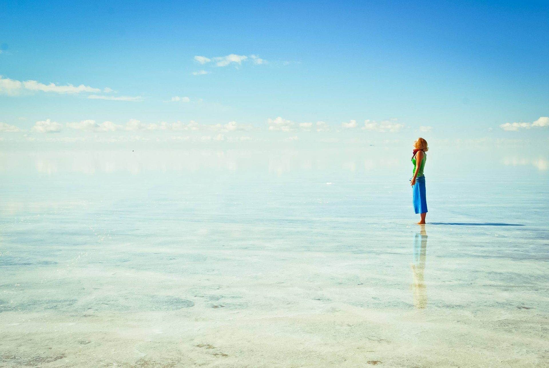 girl bolivia salar de uyuni altiplano HD wallpapers