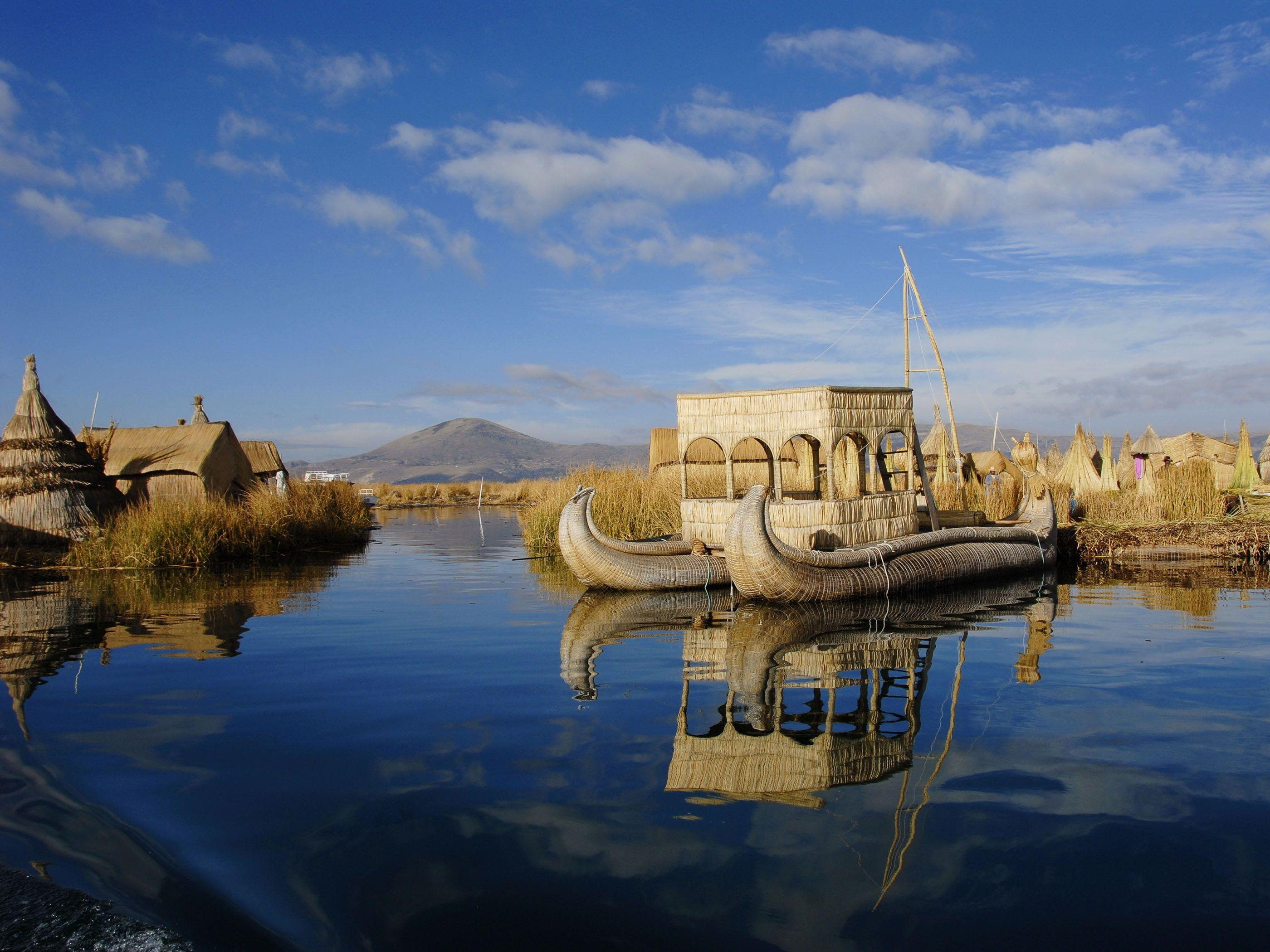 Floating Uros Islands, Lake Titicaca Puno, Peru | HQ Wallpapers for ...