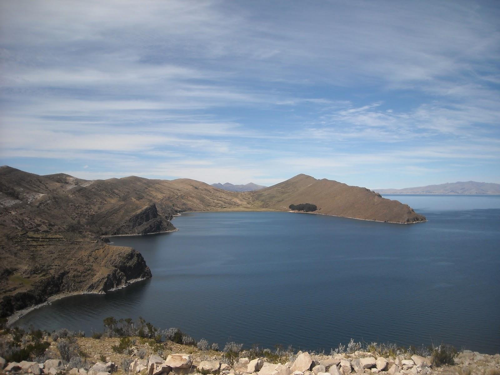 Backpacking Central And South America: Copacabana - Lake Titicaca ...