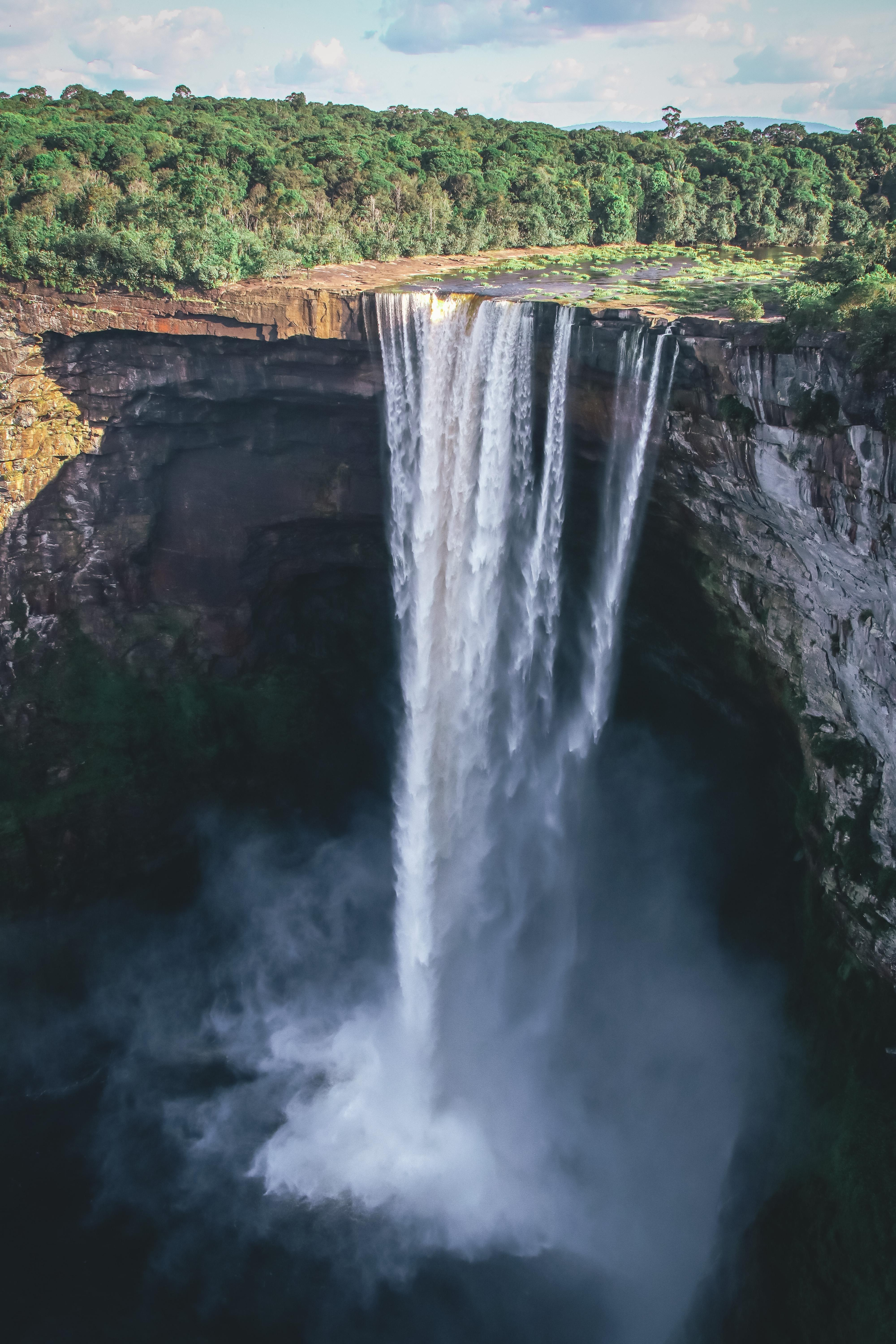 One of the largest and least accessible waterfalls in the world