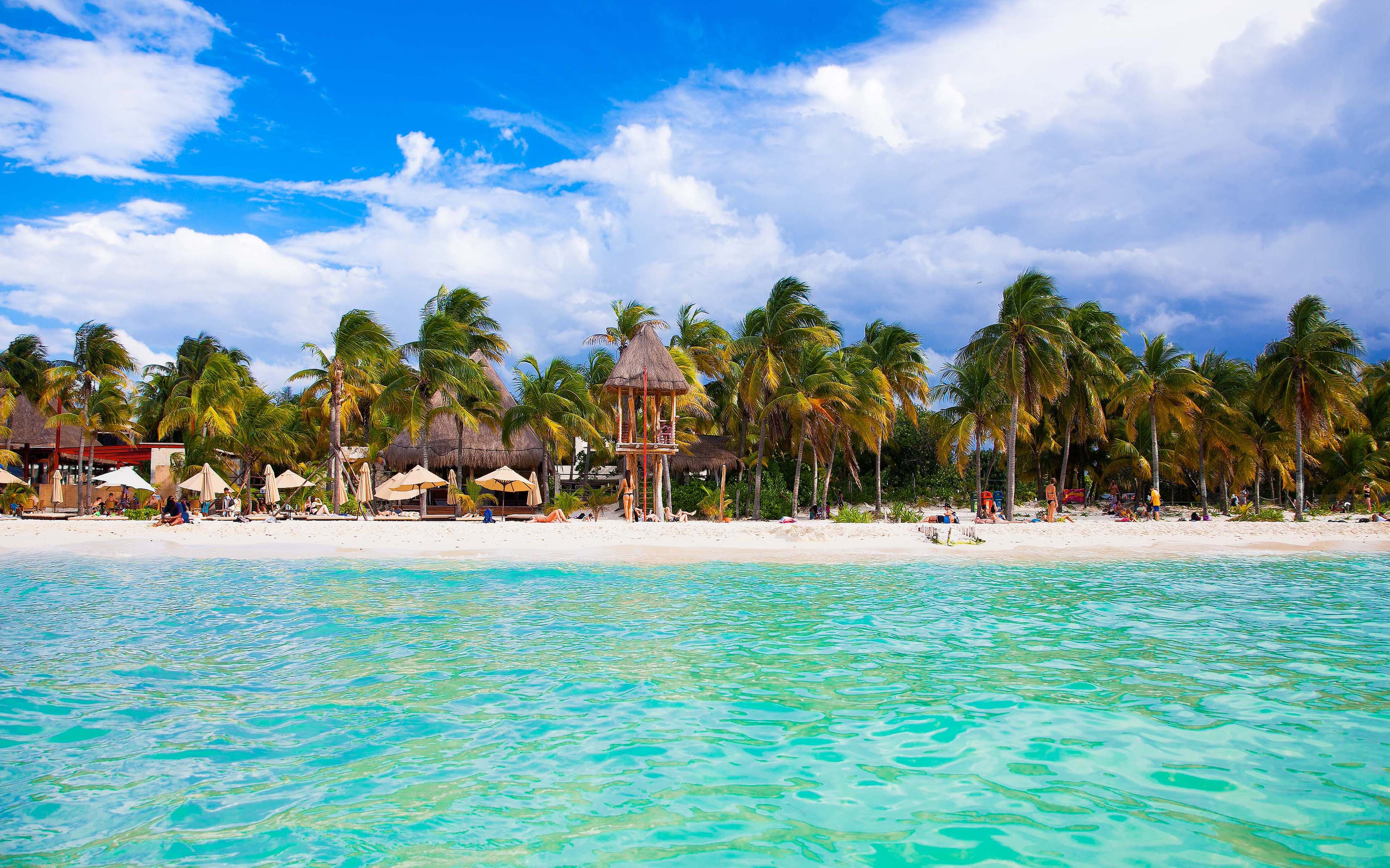 Cancun Beach Mexico A City On The Yucatan Peninsula That Borders The ...