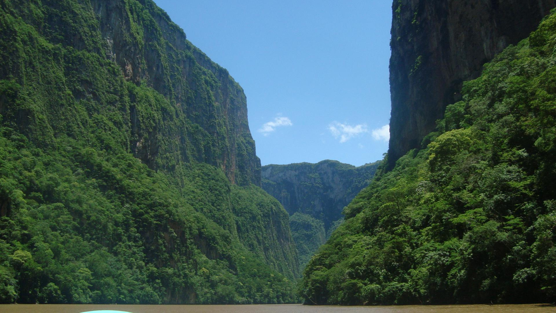 File:Morning at Sumidero Canyon.JPG